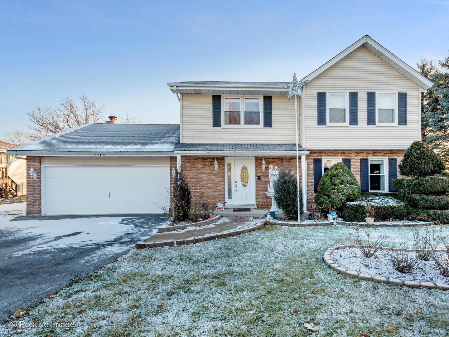 7205 Bentley Avenue, Darien, IL 60561 - #: 10775401