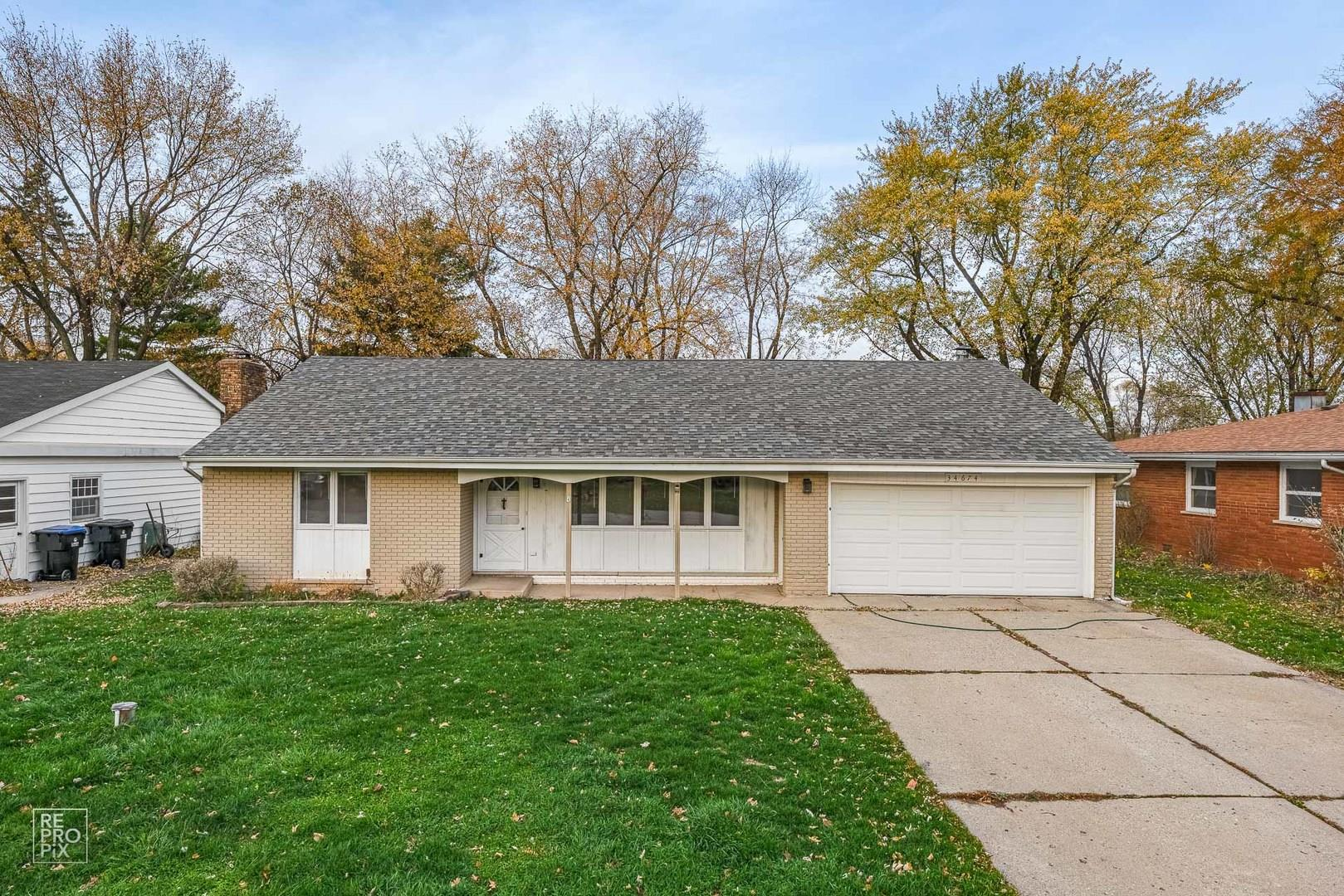 34674 N Iroquois Trail, McHenry, IL 60051 - #: 10927405