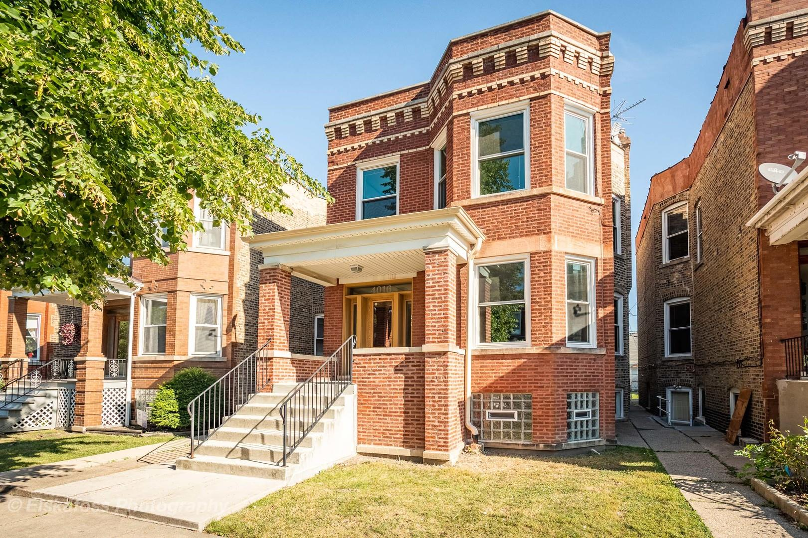 4016 W Cornelia Avenue, Chicago, IL 60641 - #: 10818411