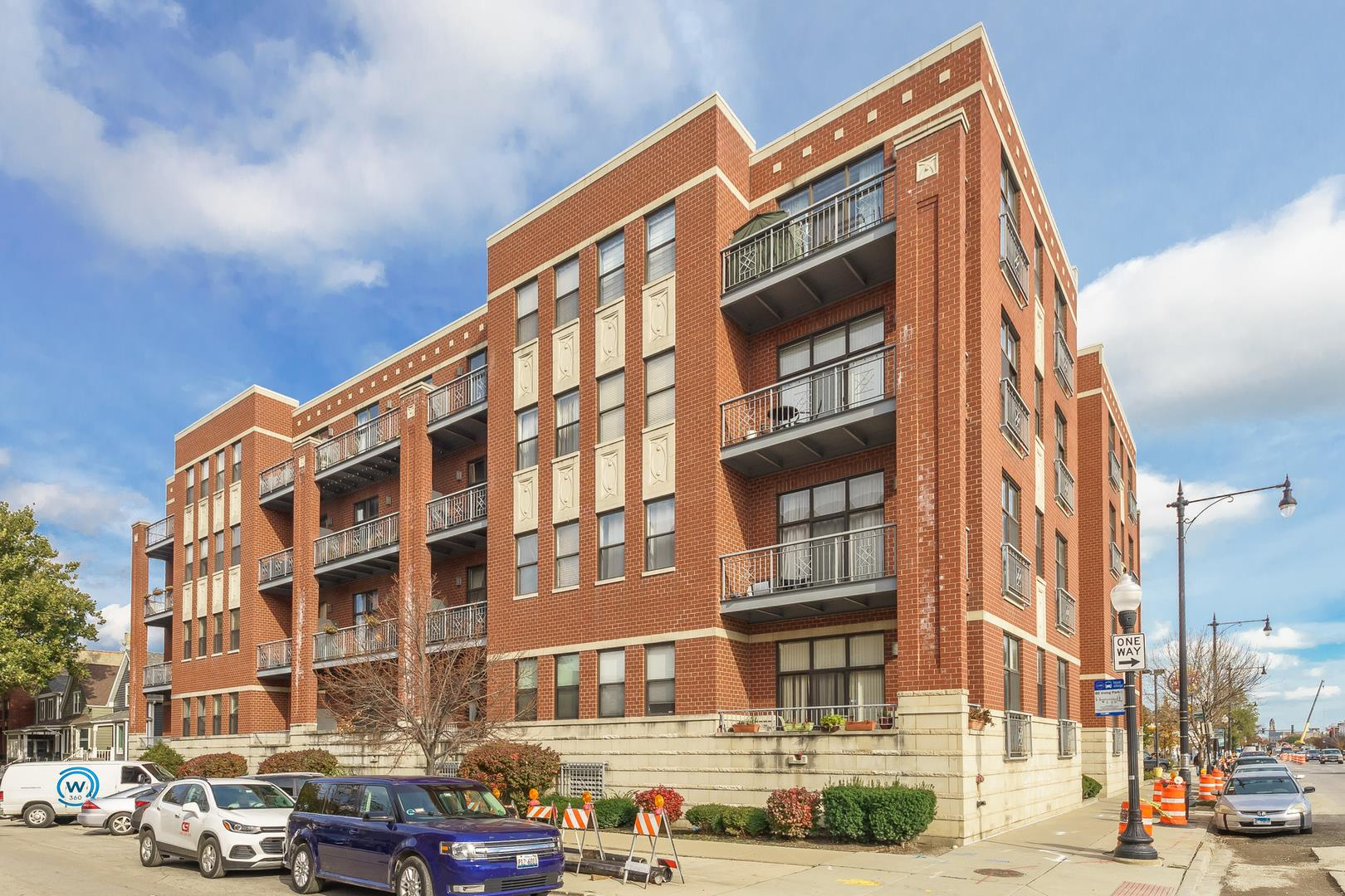 4011 N Francisco Avenue #104, Chicago, IL 60618 - #: 10893411