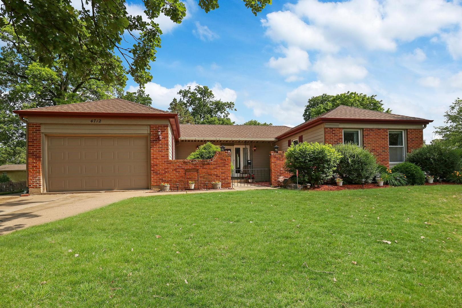 4712 Chesterfield Drive, McHenry, IL 60050 - #: 11145411