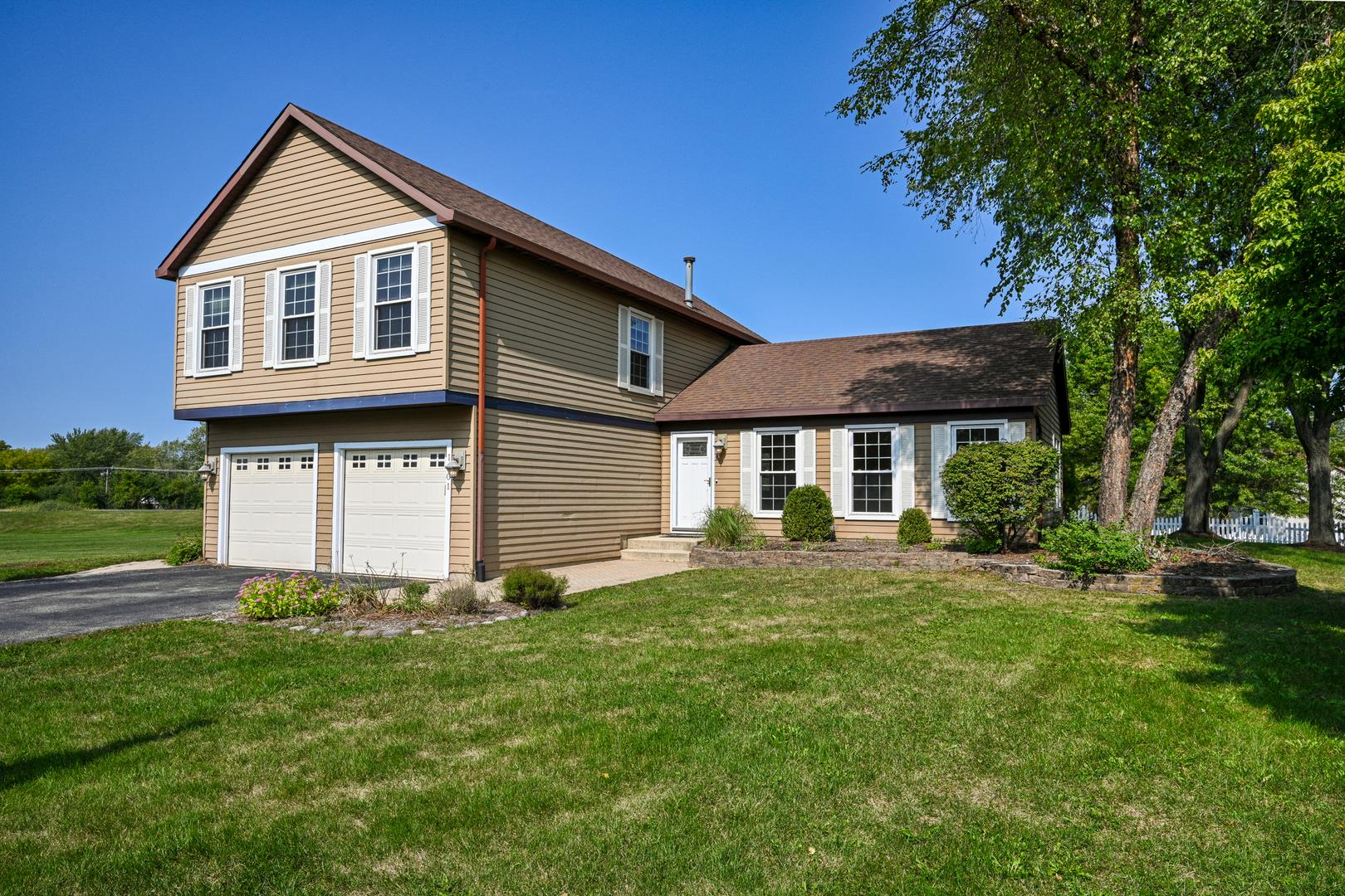 1901 CLYDESDALE Drive, Wheaton, IL 60189 - #: 10919416