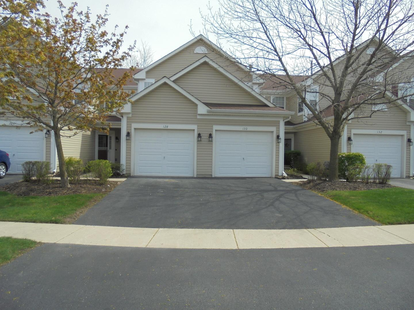 128 polaris Drive, Lake in the Hills, IL 60156 - #: 10717417