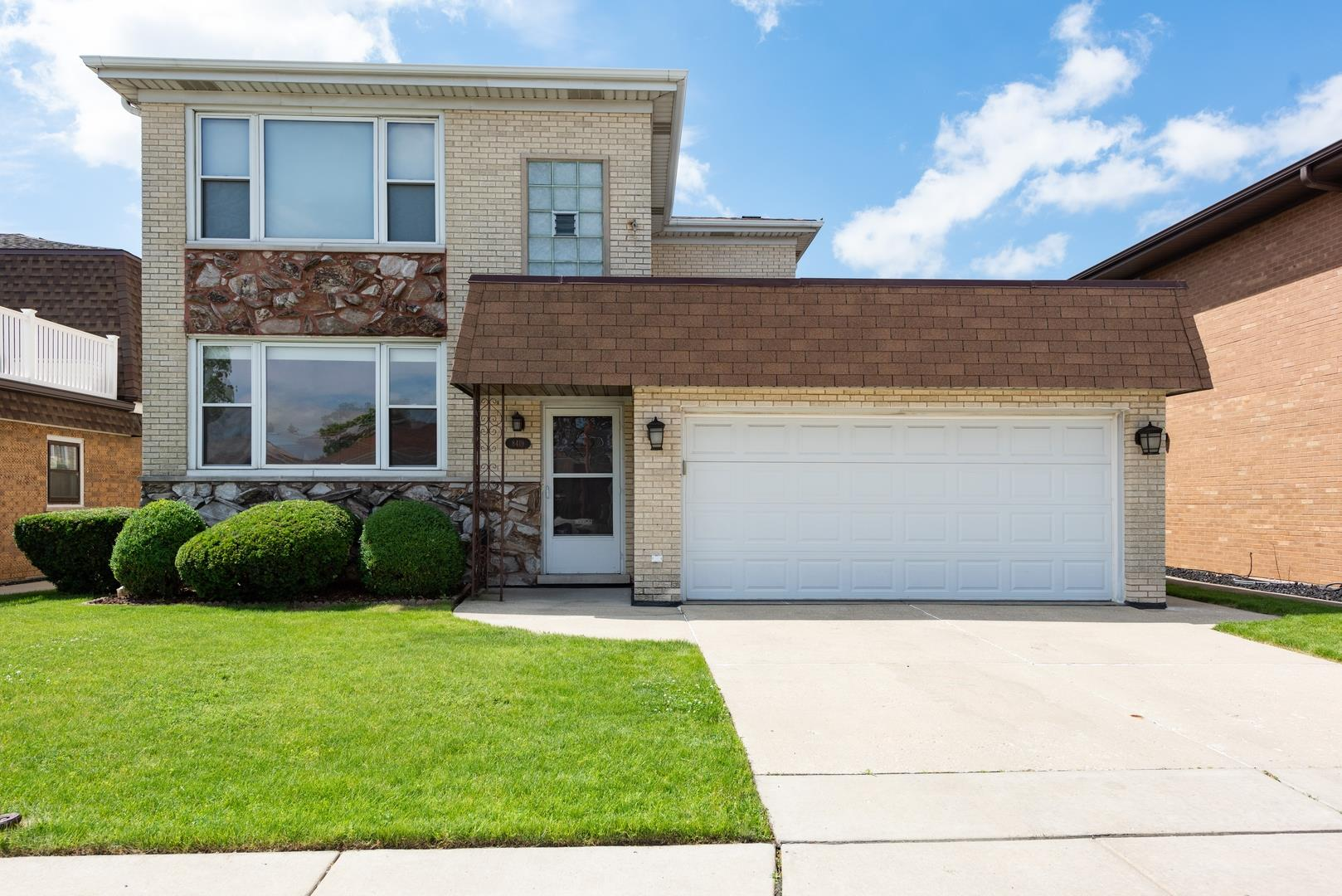 8419 W Brodman Avenue, Chicago, IL 60656 - #: 10762421