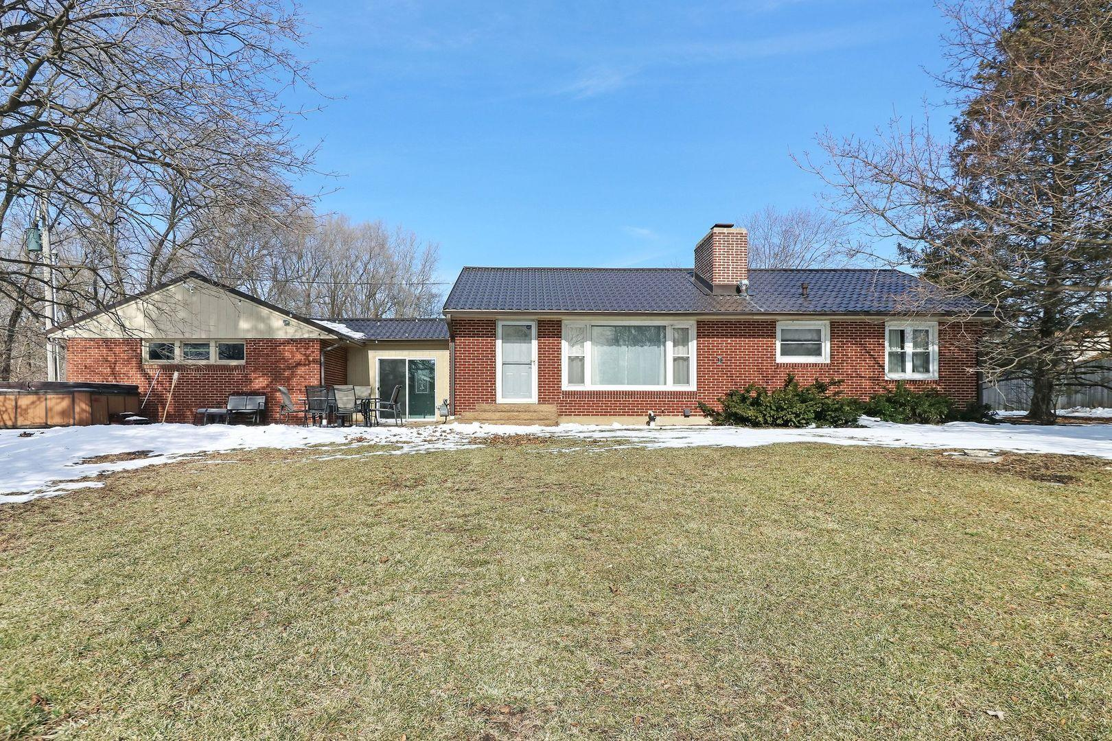 31W742 ROUTE 58, Elgin, IL 60120 - #: 10982422
