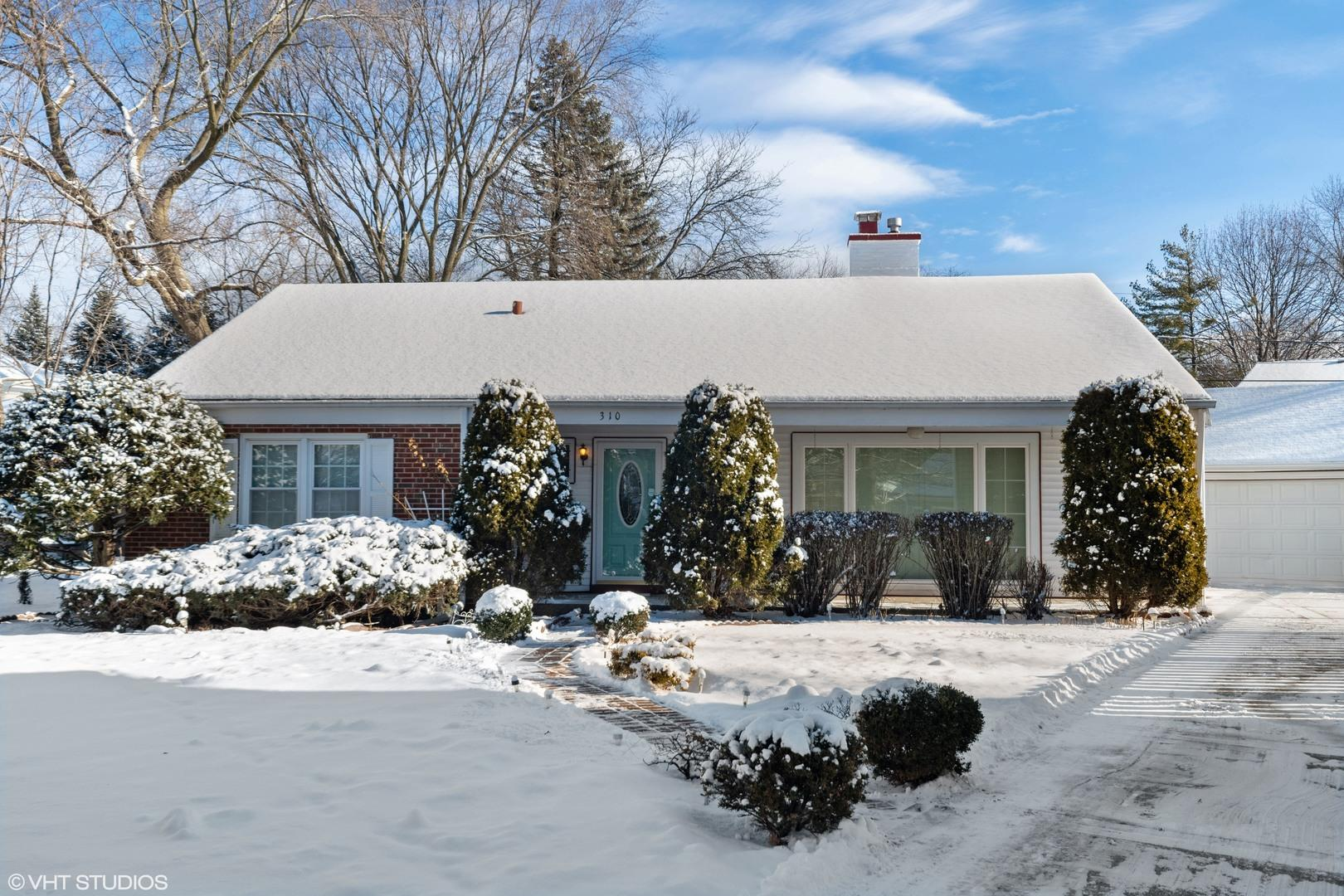 310 Hollywood Court, Wilmette, IL 60091 - #: 10986422