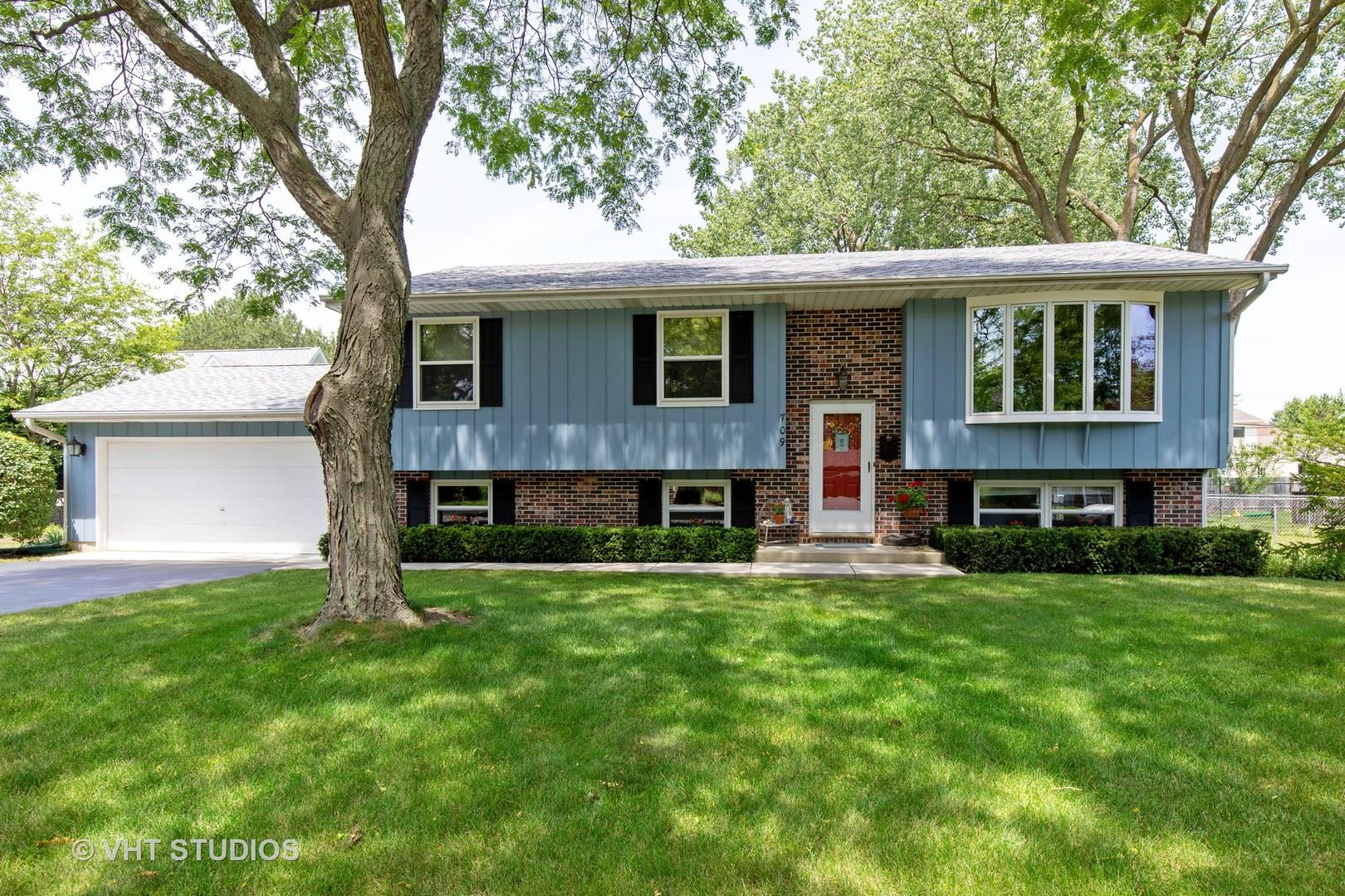 709 W Washington Avenue, Lake Bluff, IL 60044 - #: 10785426