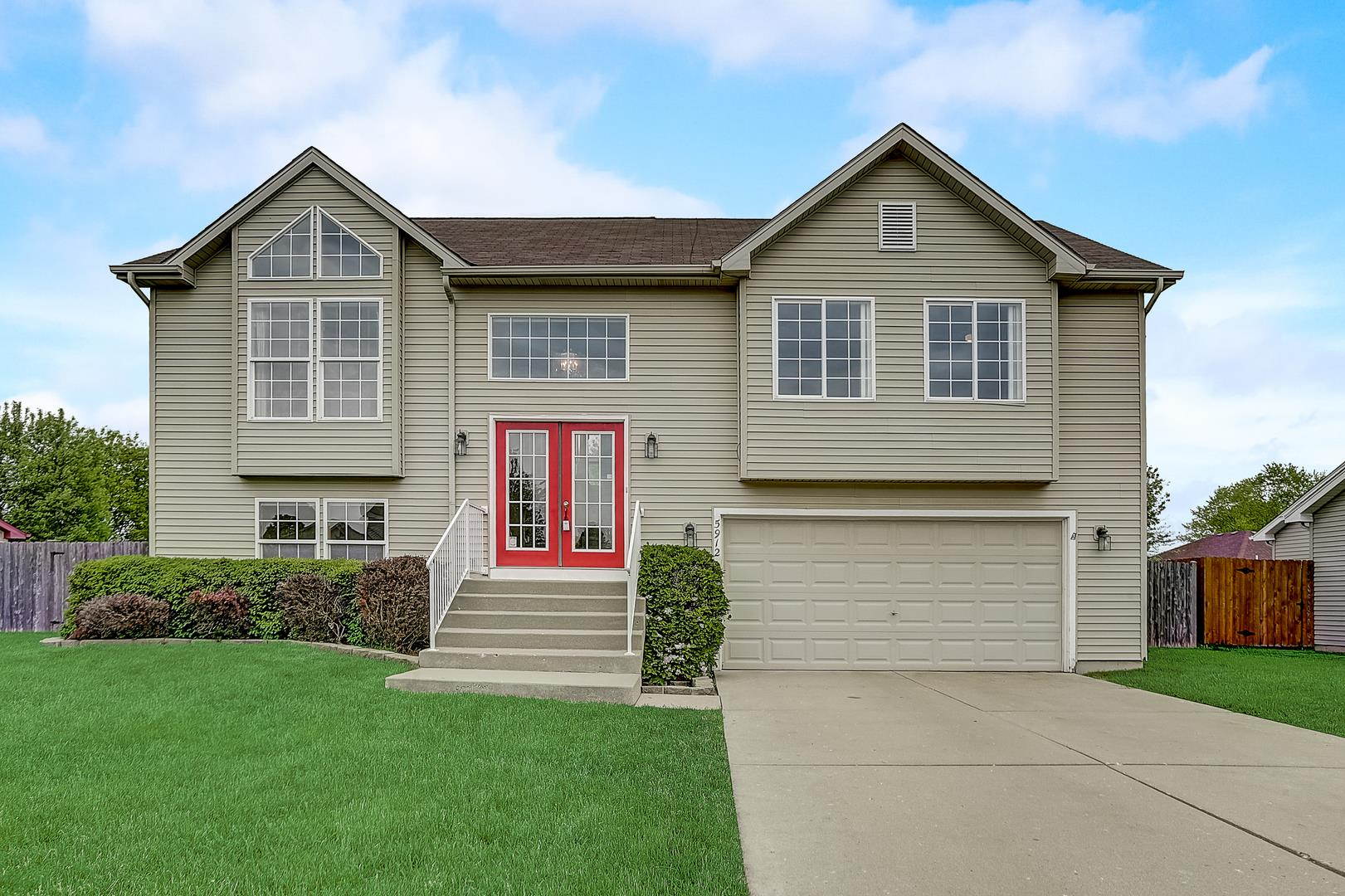 5912 Castlewood Trail, McHenry, IL 60050 - #: 10722434