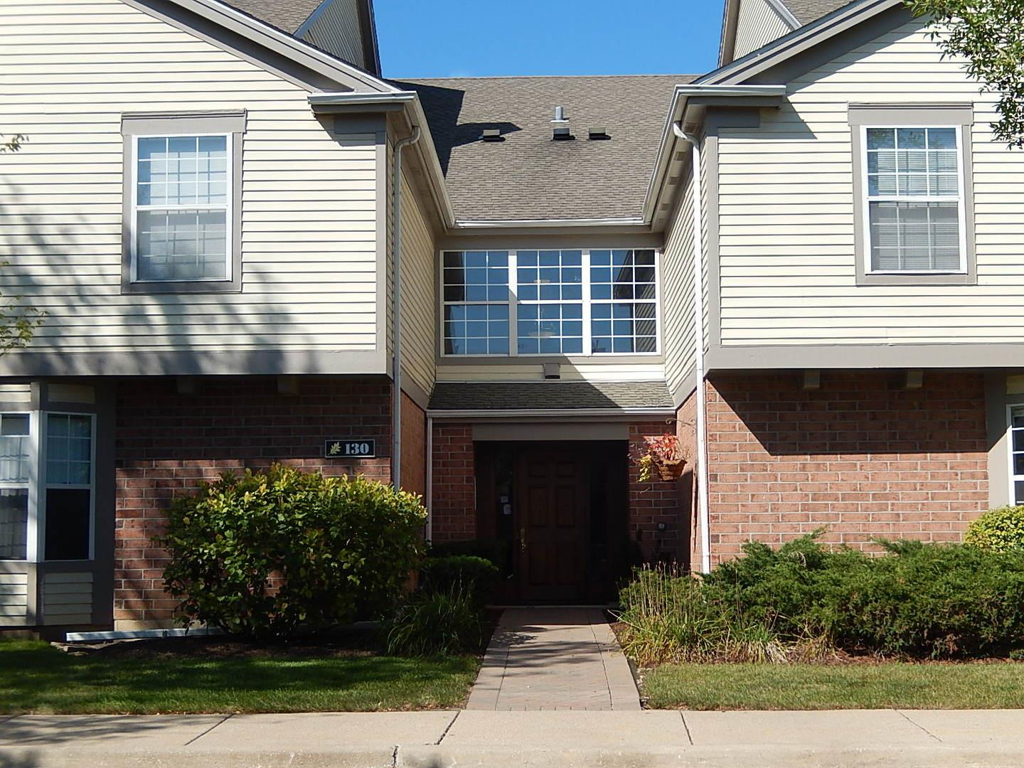 132 White Oak Court #8, Schaumburg, IL 60195 - #: 10952437