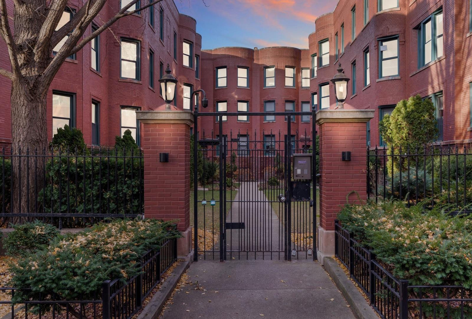 828 W Lakeside Place #2S, Chicago, IL 60640 - #: 10937438