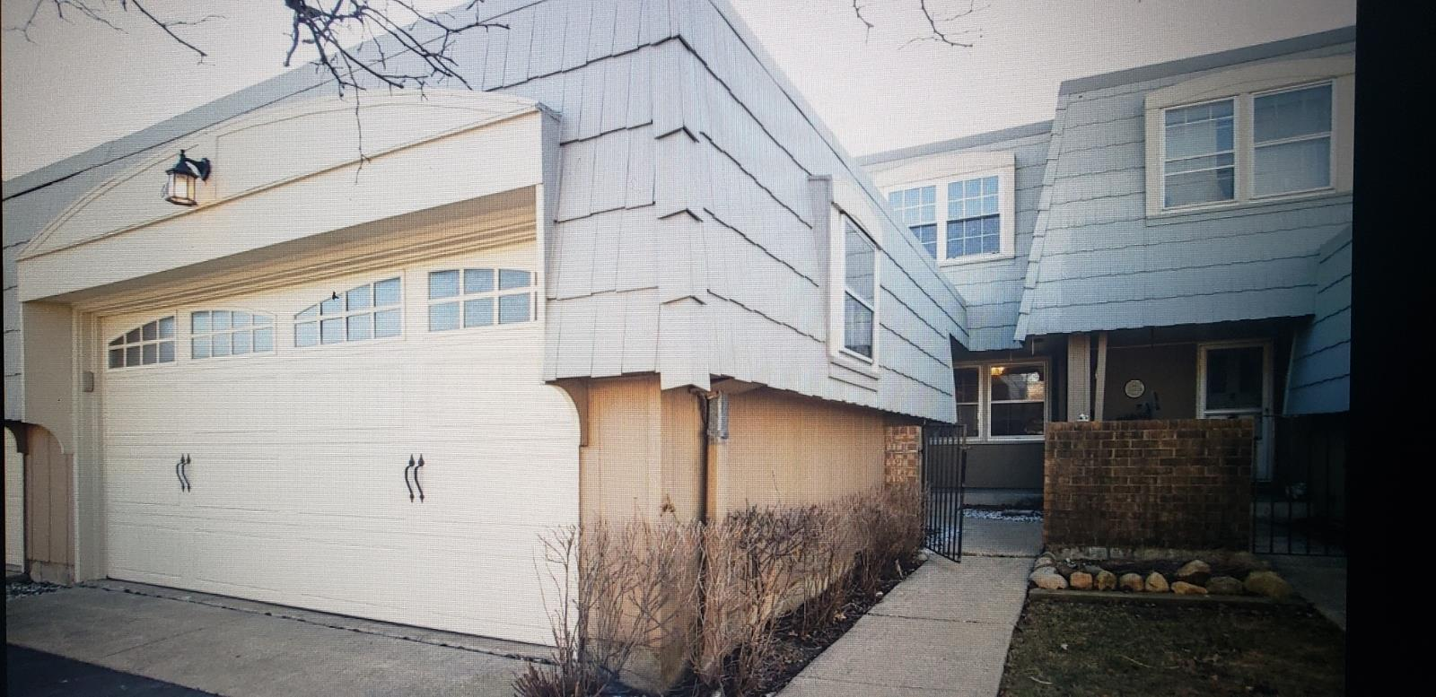 645 Dauphine Court #C, Elk Grove Village, IL 60007 - #: 11065438