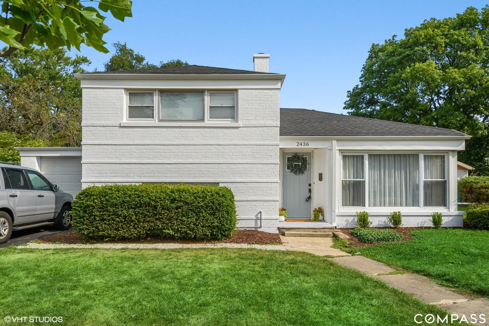 2436 WALTERS Avenue, Northbrook, IL 60062 - #: 10840439