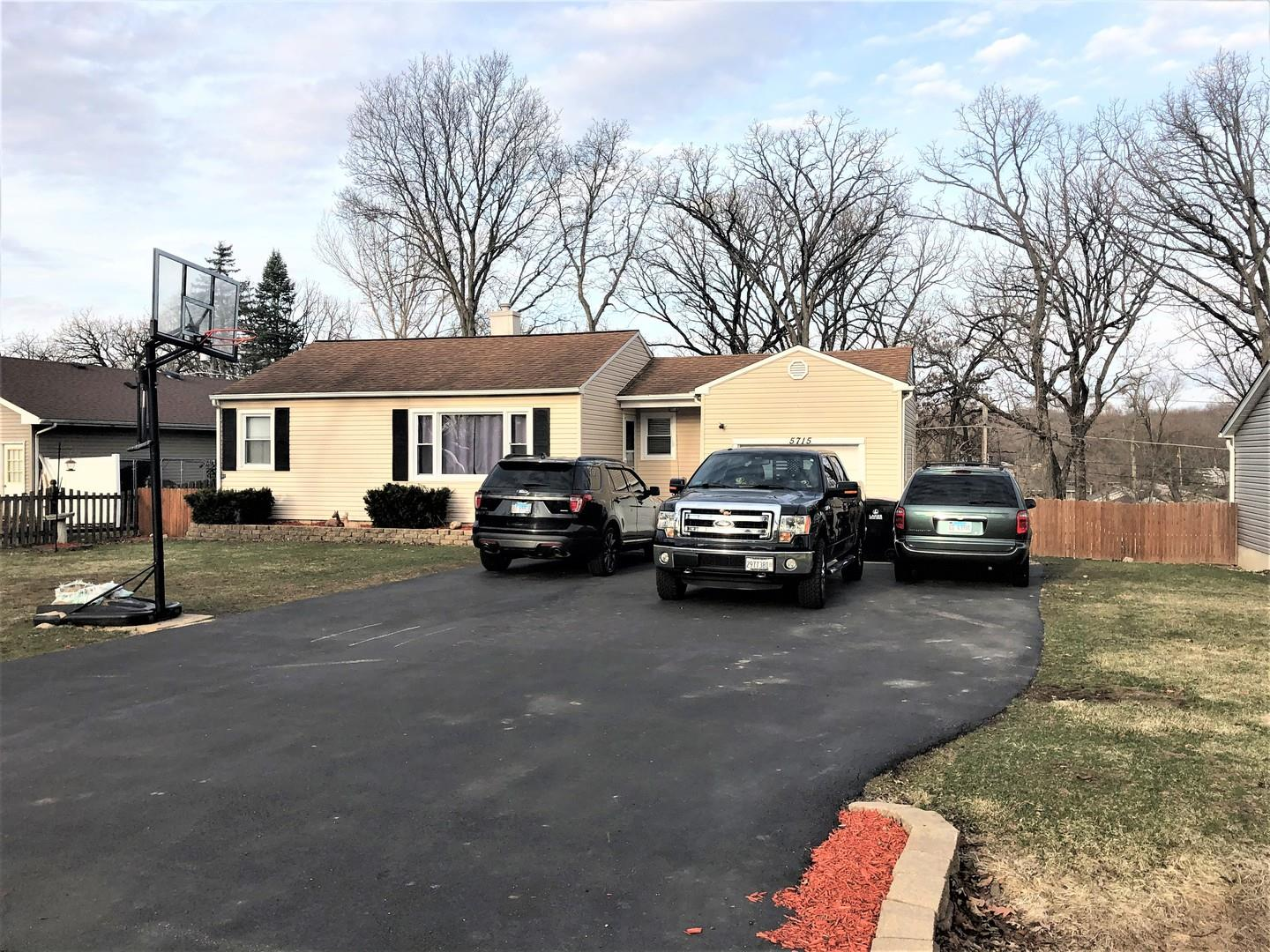 5715 N Woodland Drive, McHenry, IL 60051 - #: 11029439