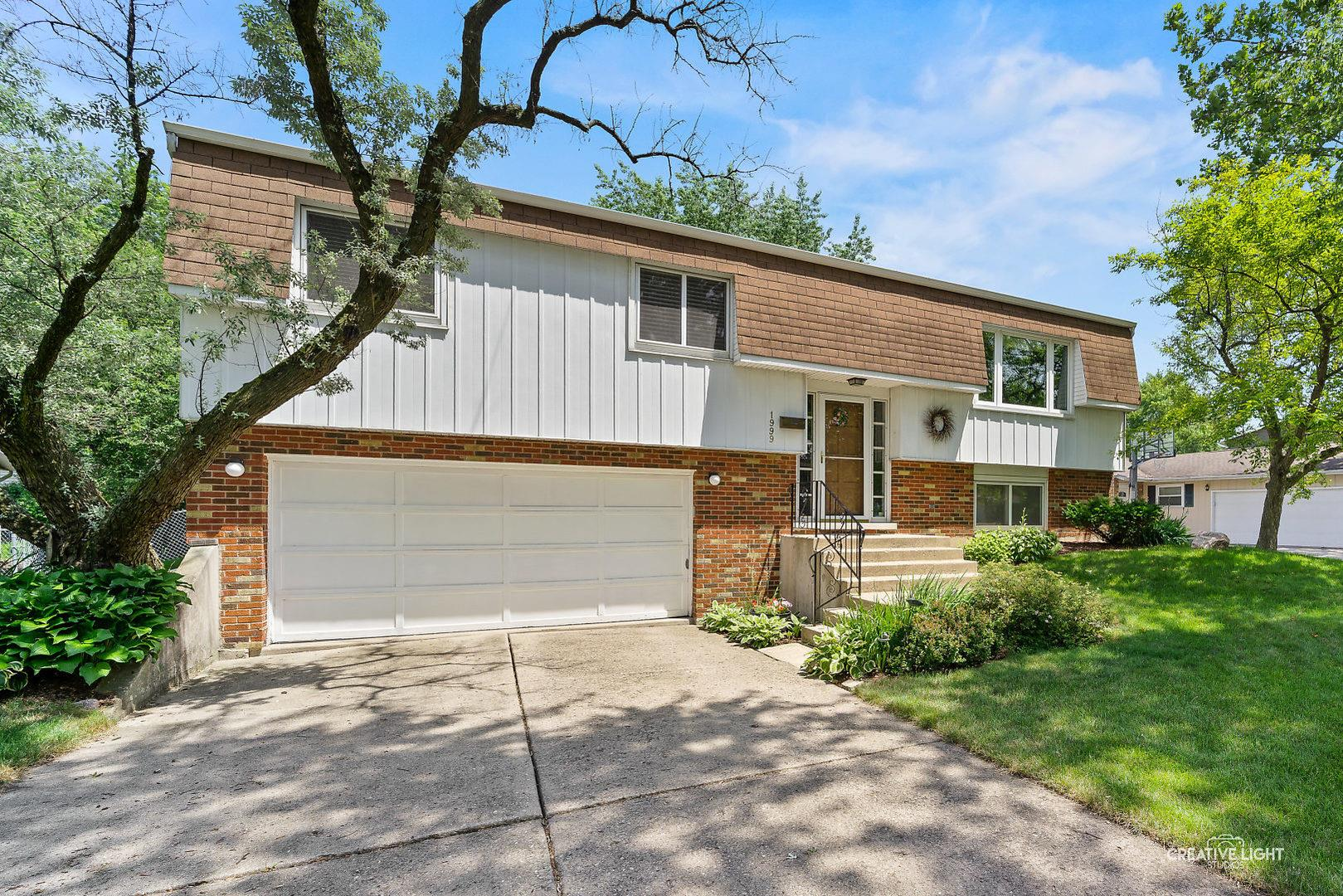 1999 Nottingham Lane, Wheaton, IL 60189 - #: 10770440