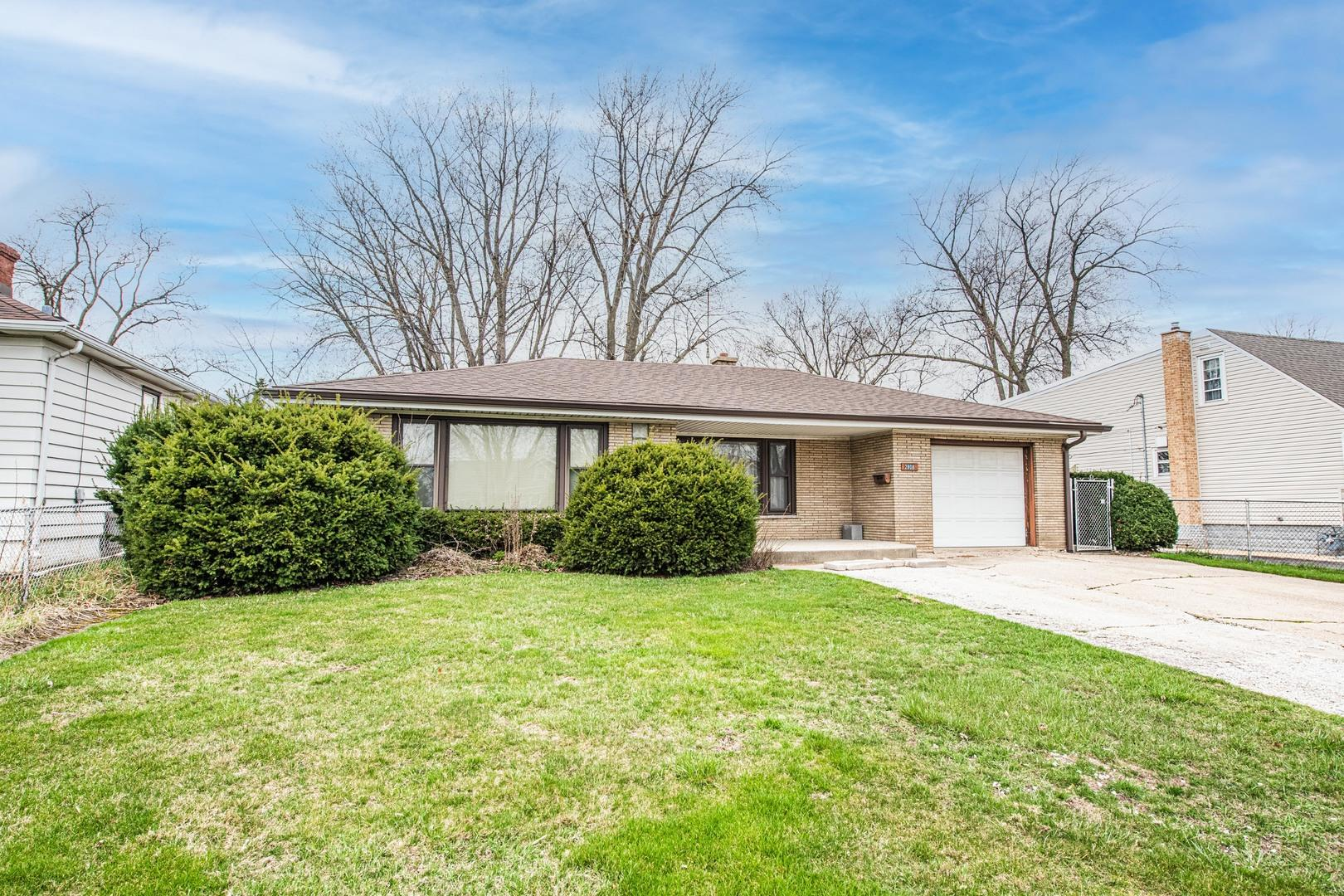 2808 N Wolf Road, Melrose Park, IL 60164 - #: 11045447