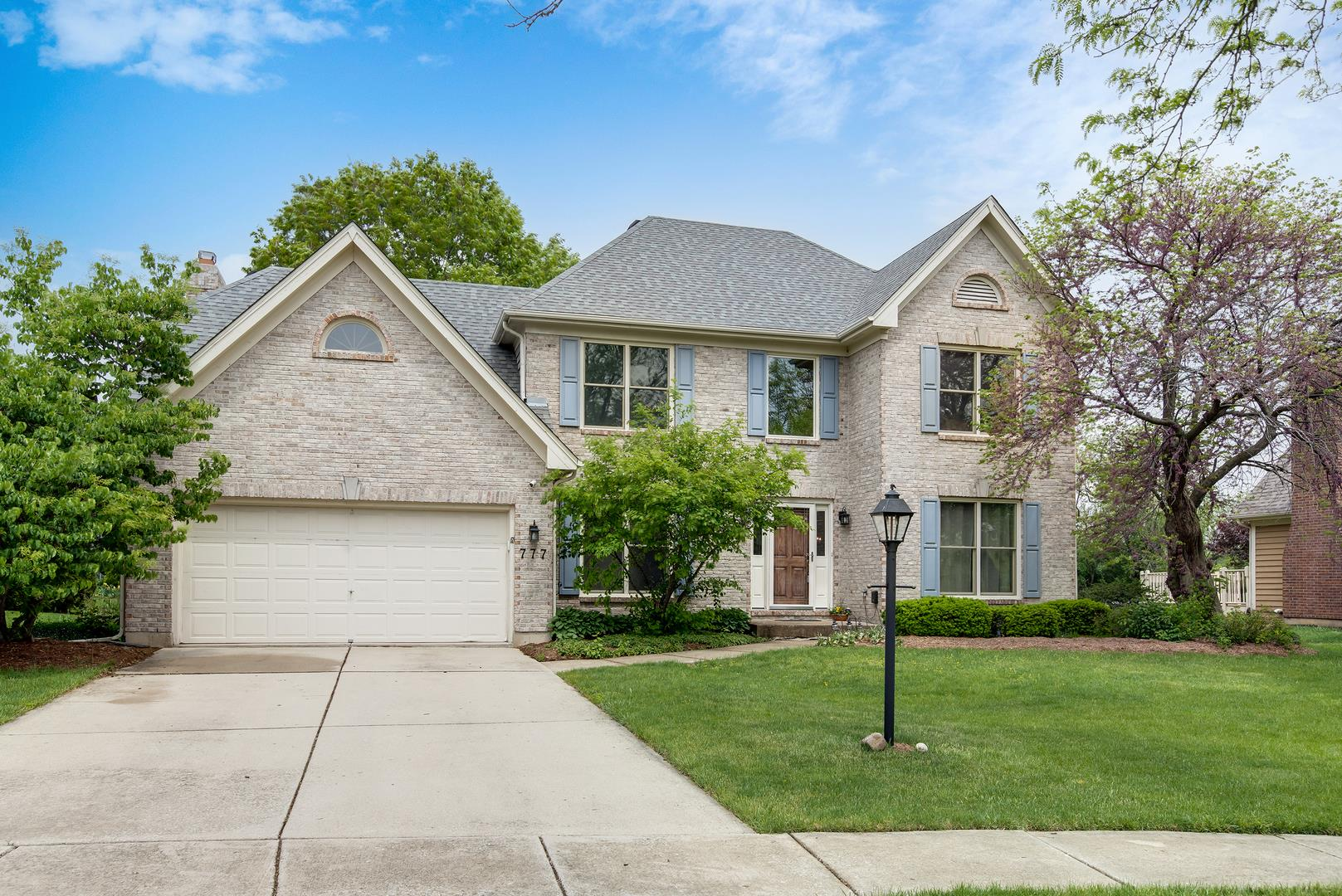 777 Tanager Lane, West Chicago, IL 60185 - #: 11095452