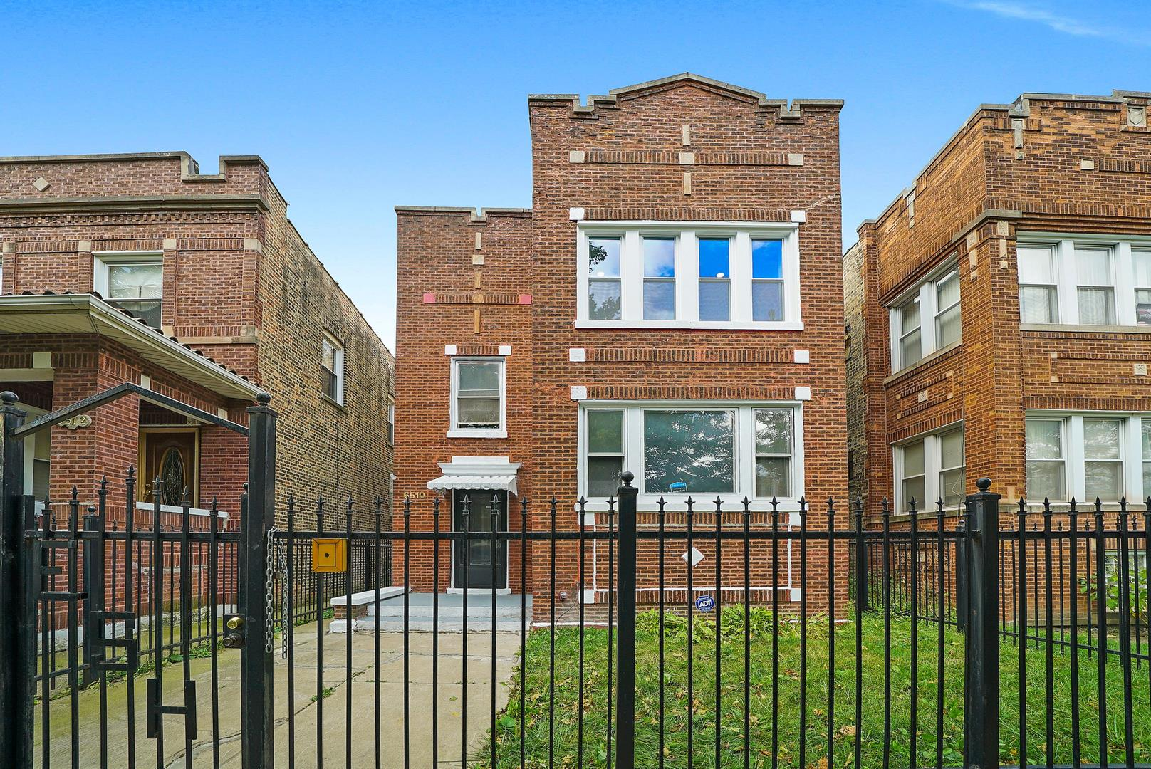 6510 S Maplewood Avenue, Chicago, IL 60629 - #: 10890458
