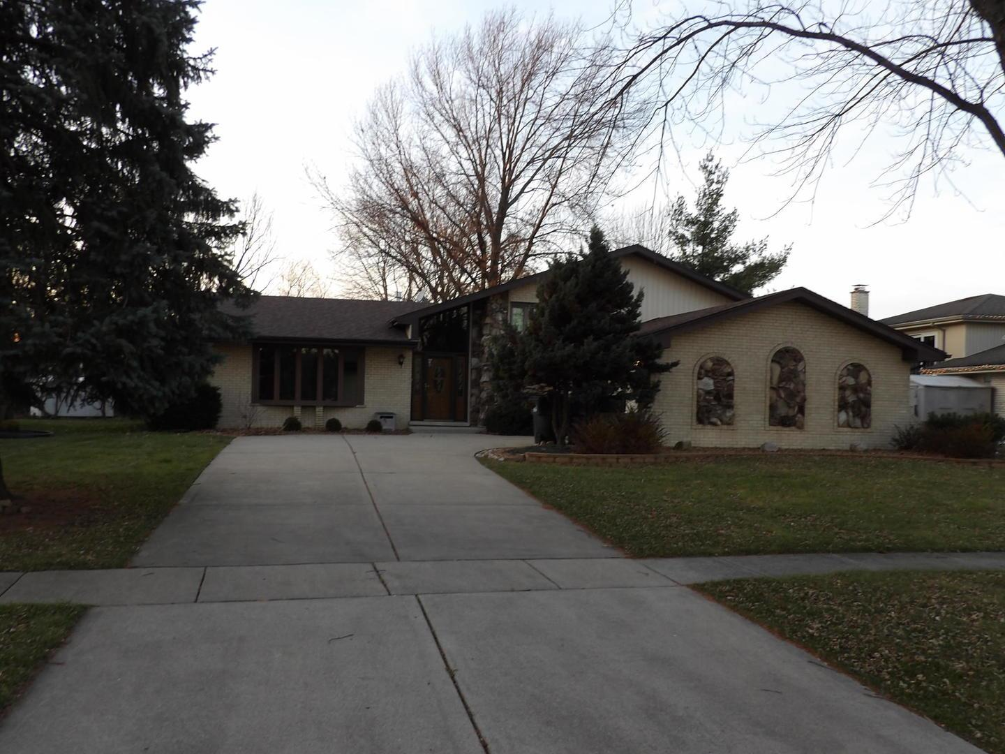 12200 Somerset Road, Orland Park, IL 60467 - #: 10953458