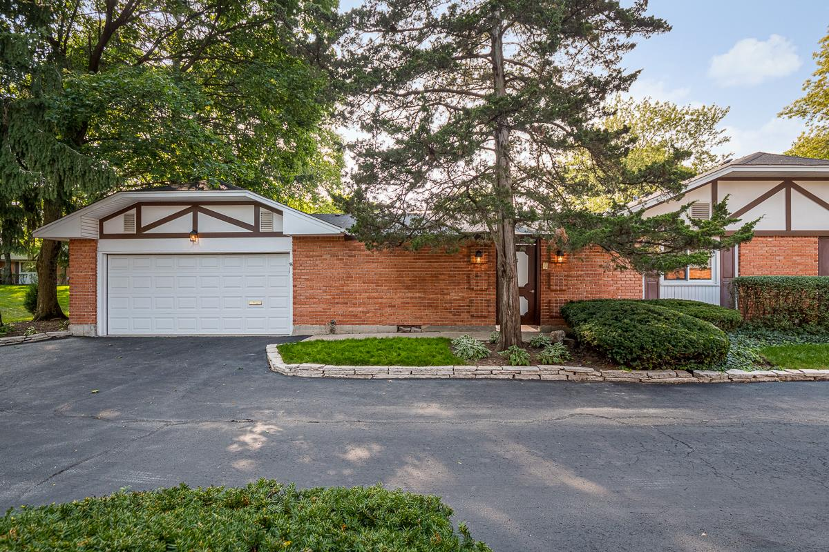 4 Scarborough On Oxford, Rolling Meadows, IL 60008 - #: 10883463