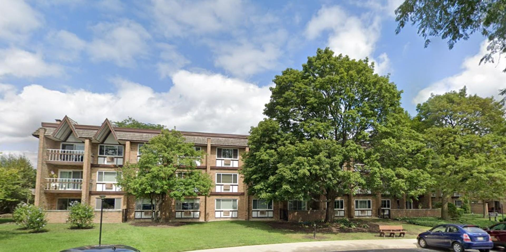 360 Claymoor Road #1E, Hinsdale, IL 60521 - #: 10885465