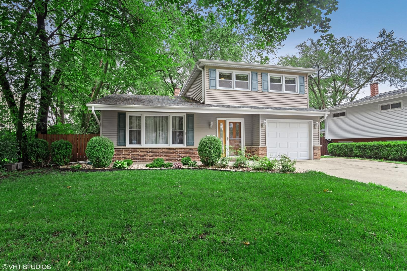 129 S Wilke Road, Arlington Heights, IL 60005 - #: 10935468