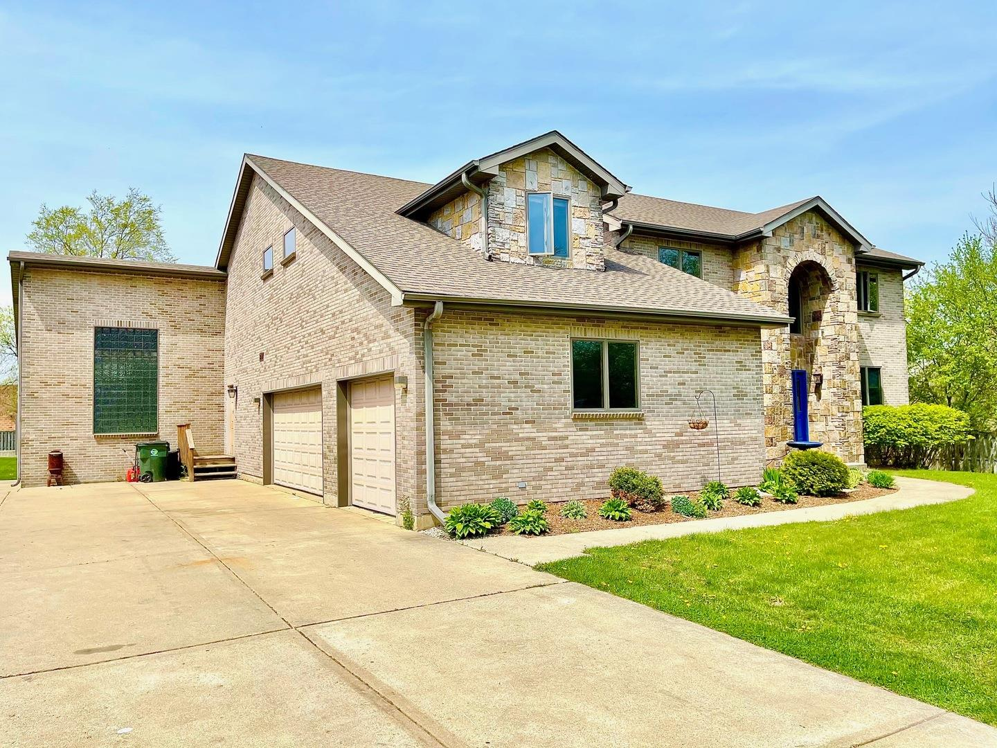 1712 N Clarence Avenue, Arlington Heights, IL 60004 - #: 11071471