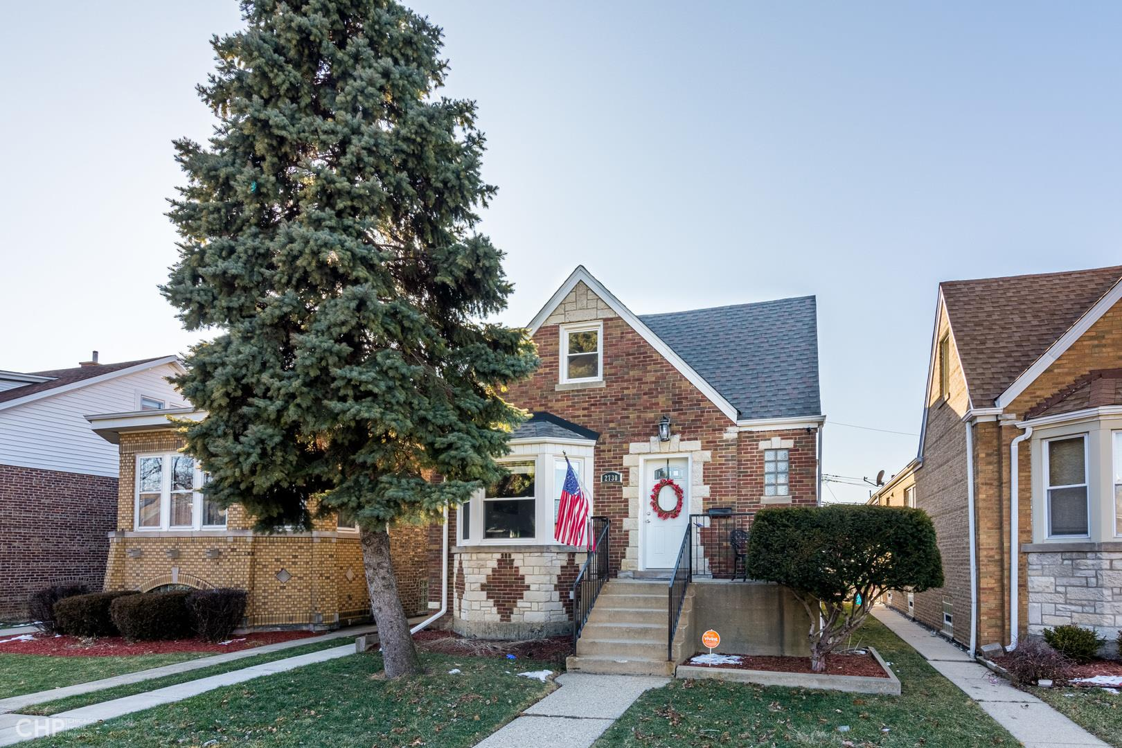 2730 N Mango Avenue, Chicago, IL 60639 - #: 10975475