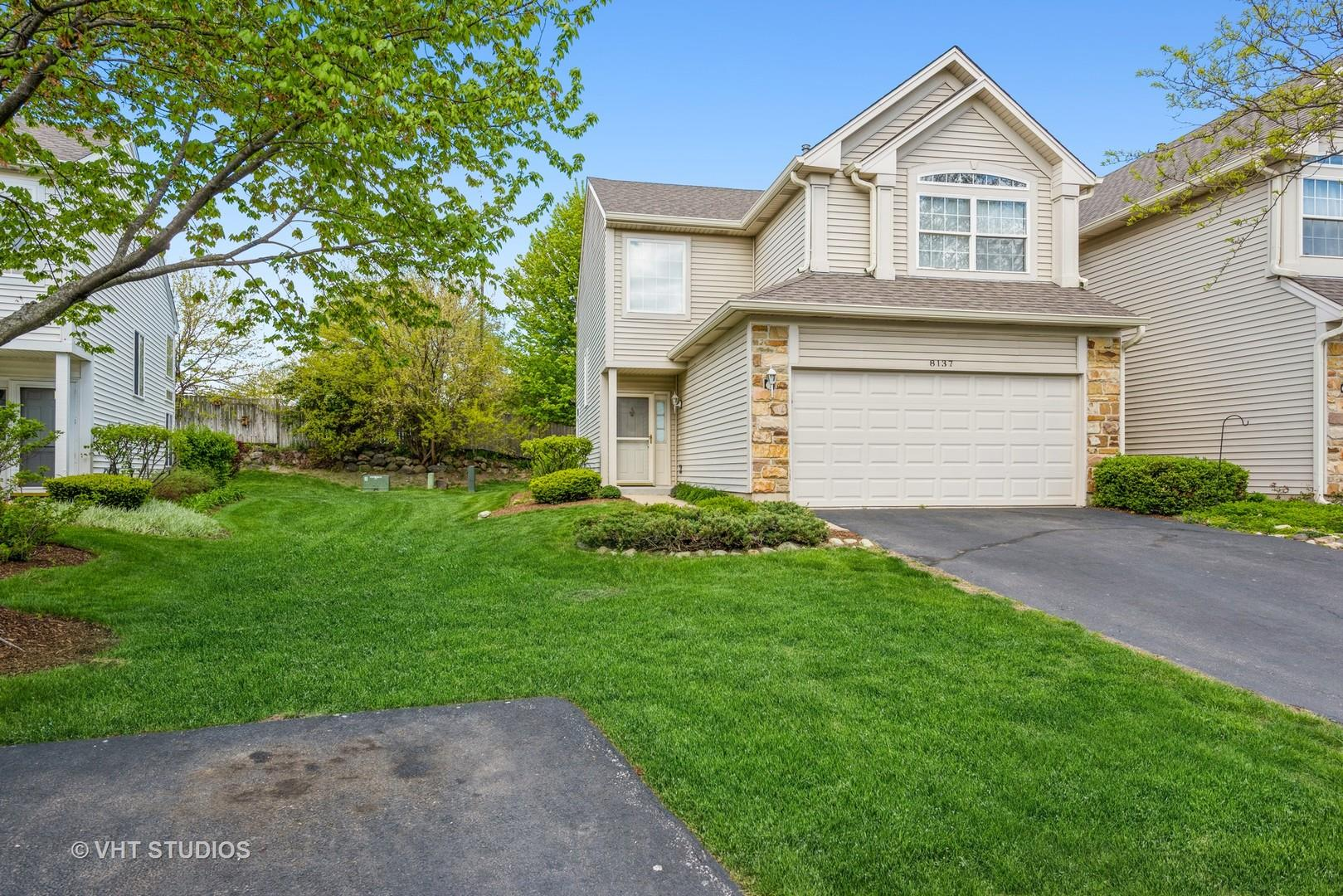 8137 Sierra Woods Lane, Carpentersville, IL 60110 - #: 11085476