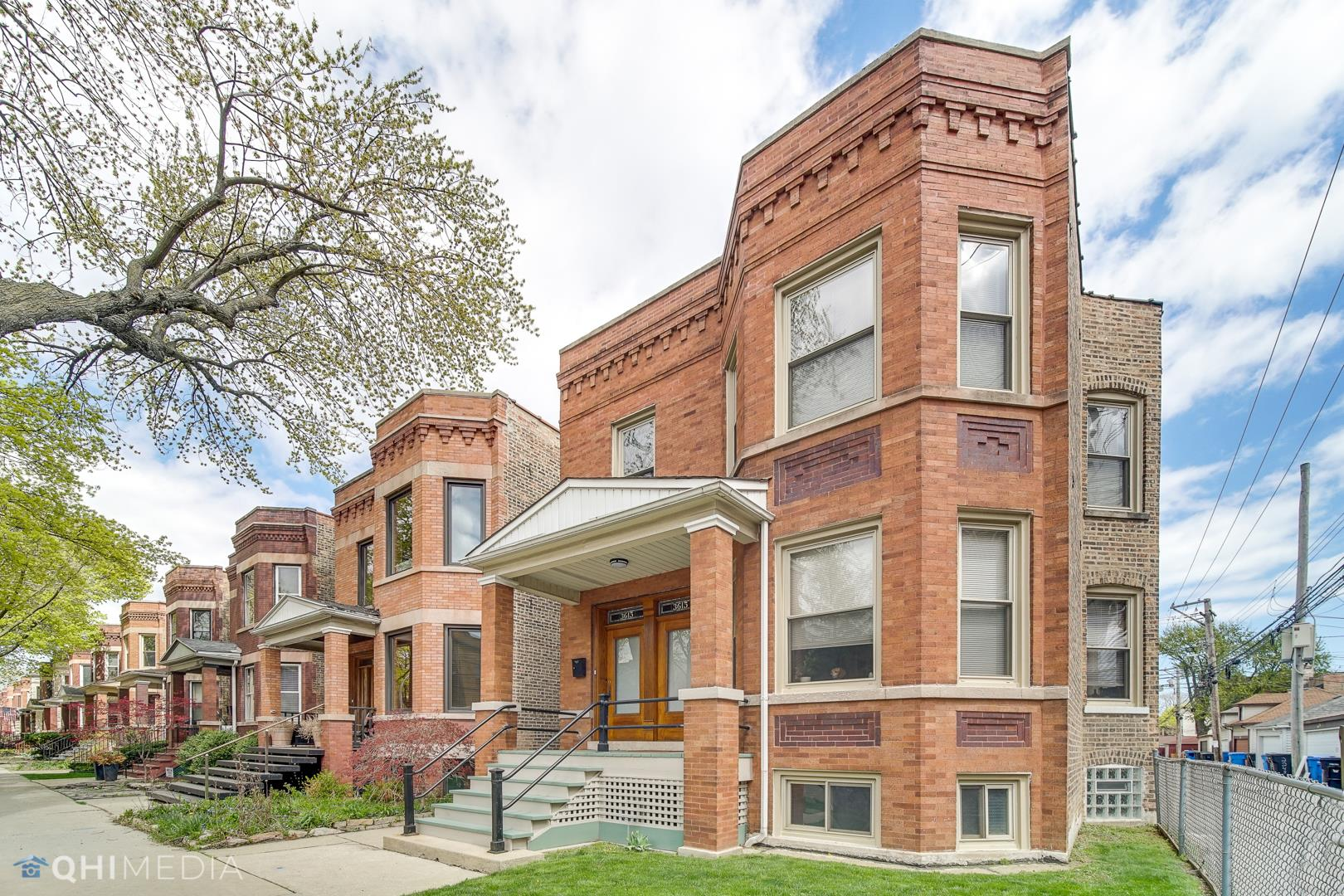 3615 N Oakley Avenue, Chicago, IL 60618 - #: 11059479
