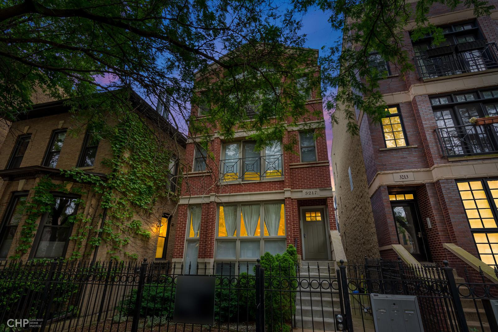3217 N KENMORE Avenue #2, Chicago, IL 60657 - #: 10888485