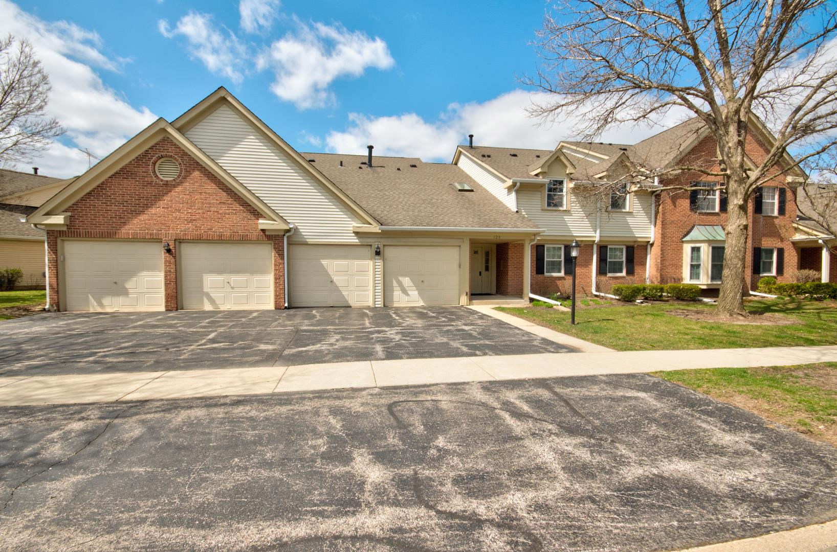 128 Stirling Lane #X-1, Schaumburg, IL 60194 - #: 10689488