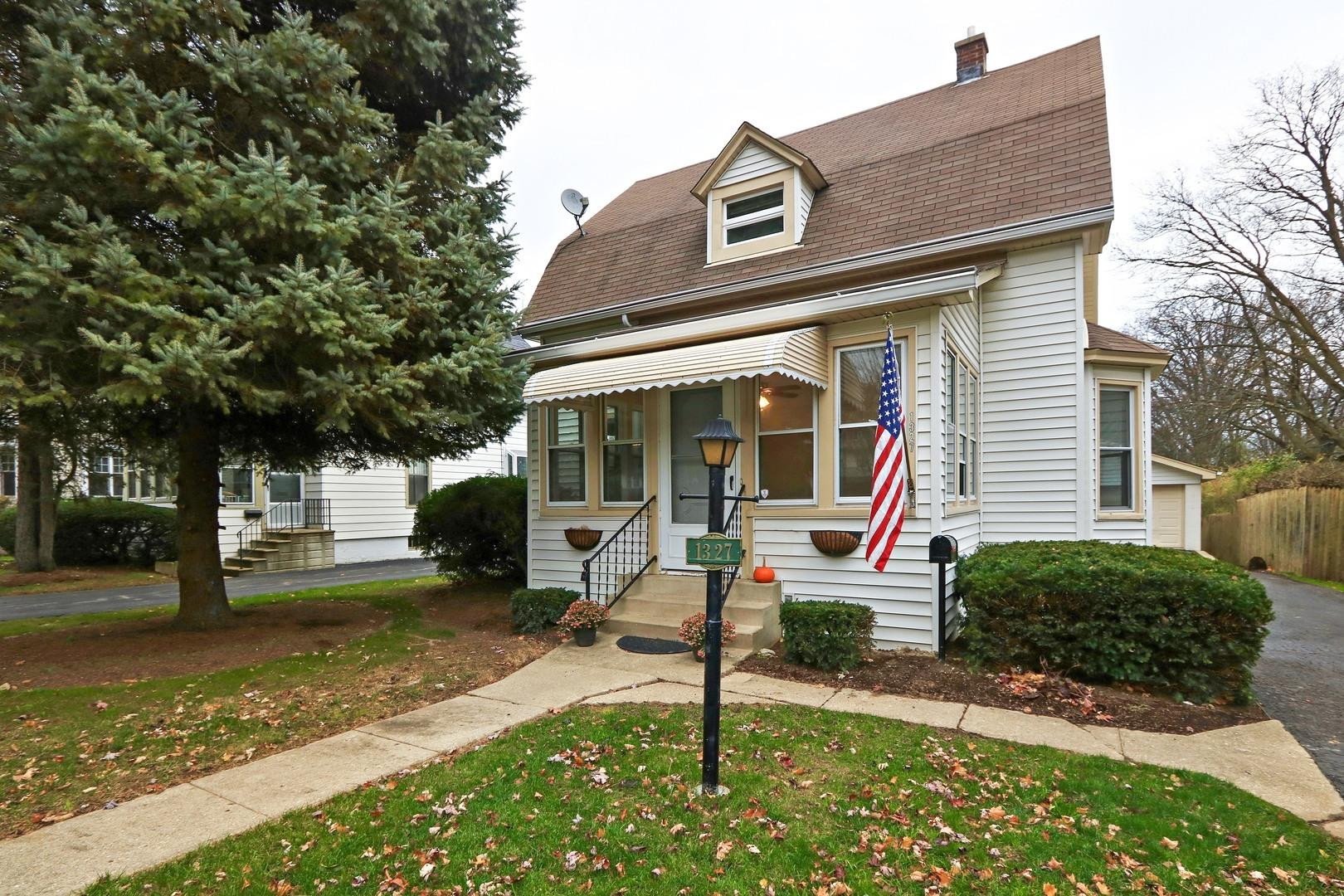 1327 Edgewood Road, Lake Forest, IL 60045 - #: 10800495