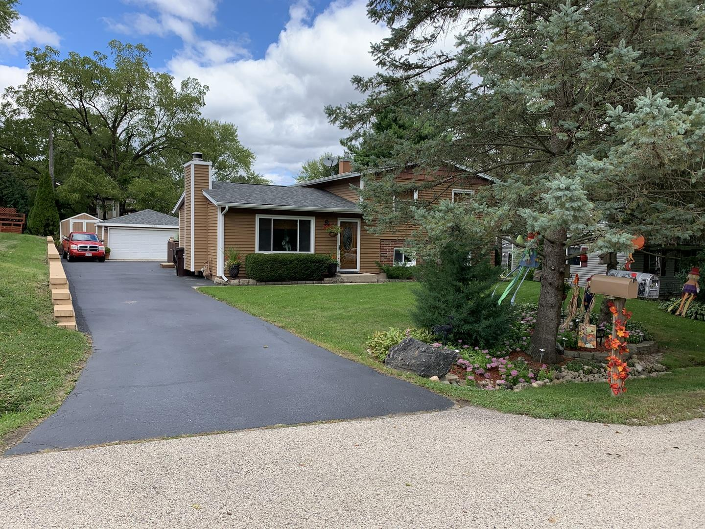 3206 Hunter Path, McHenry, IL 60050 - #: 10863497