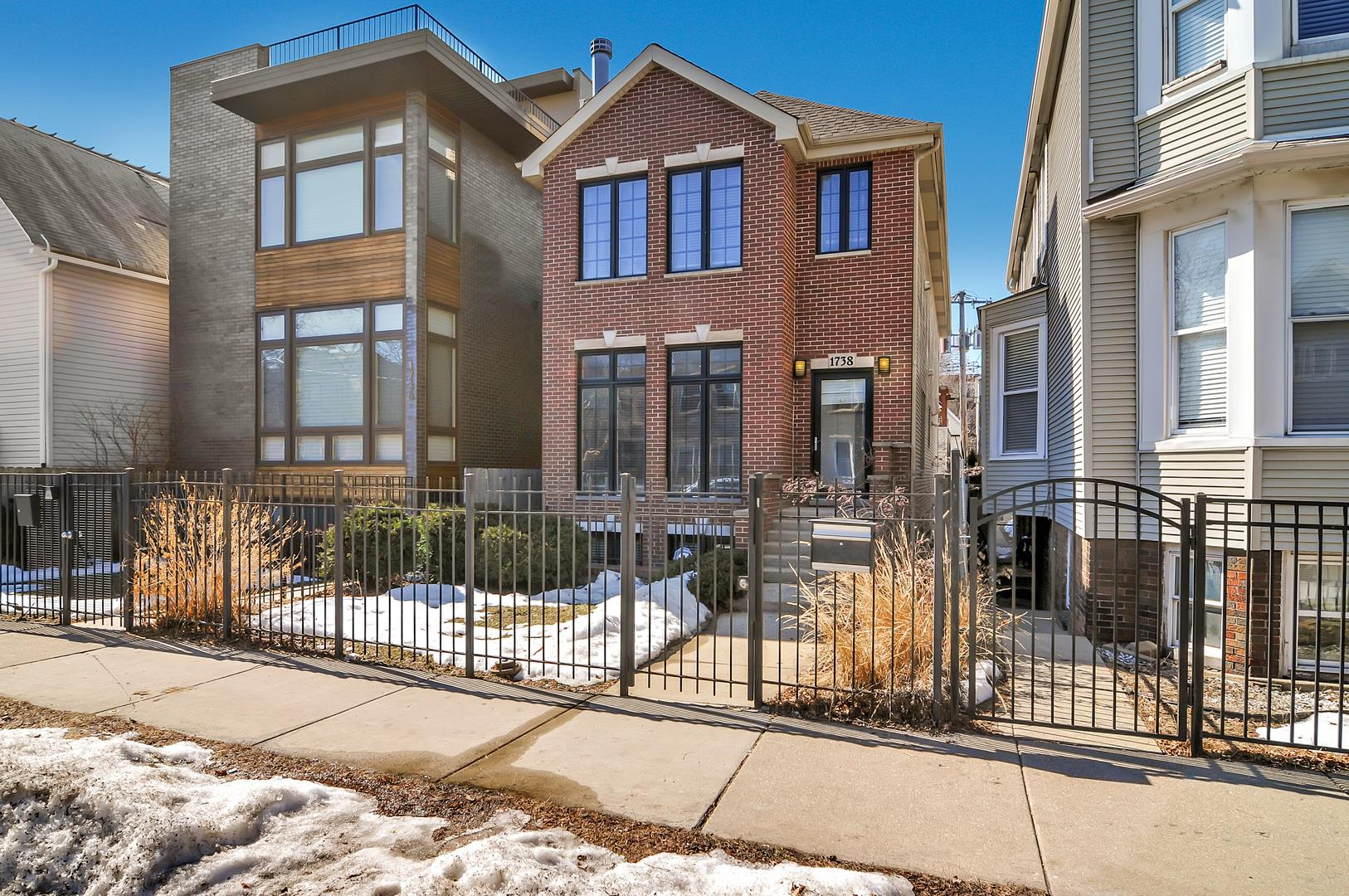1738 N Campbell Avenue, Chicago, IL 60647 - #: 11010497