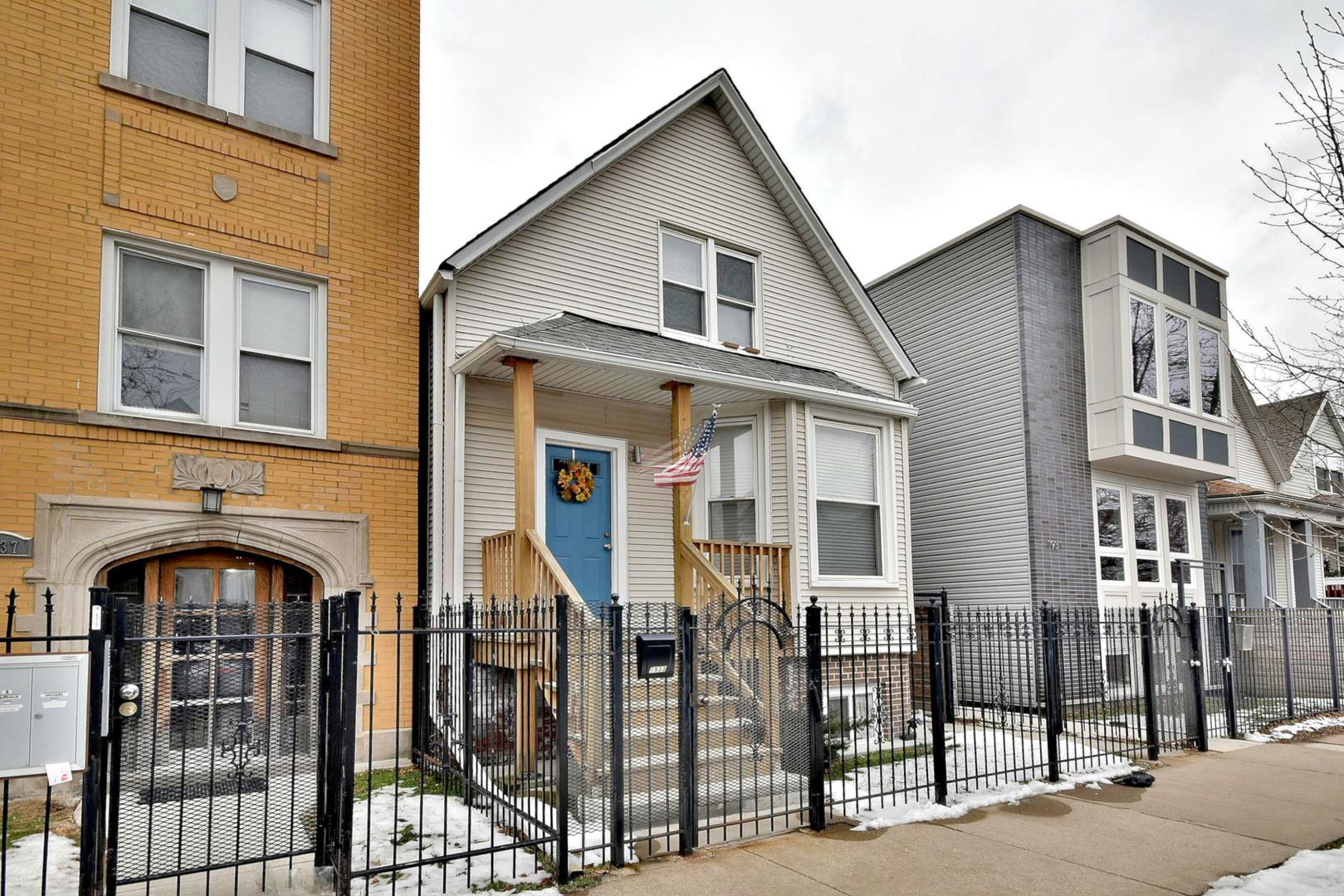 1933 N MONTICELLO Avenue, Chicago, IL 60647 - #: 10974499