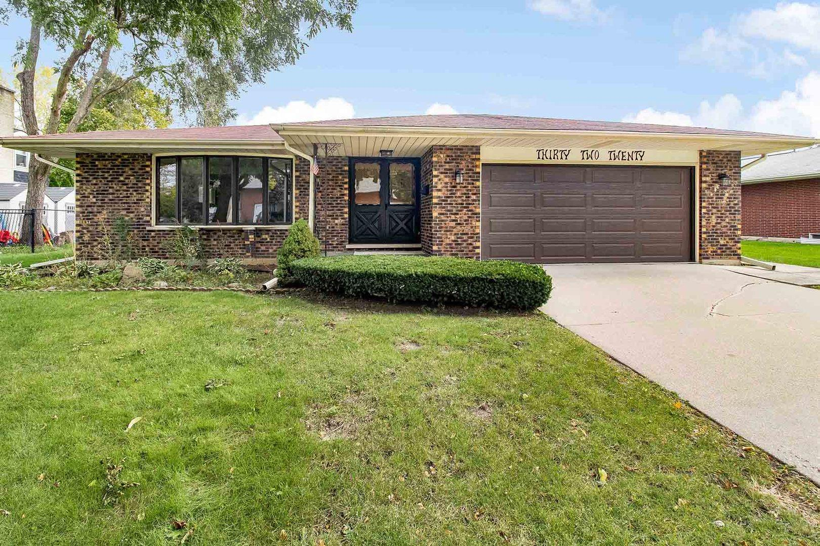 3220 Brookmeade Drive, Rolling Meadows, IL 60008 - #: 10545505