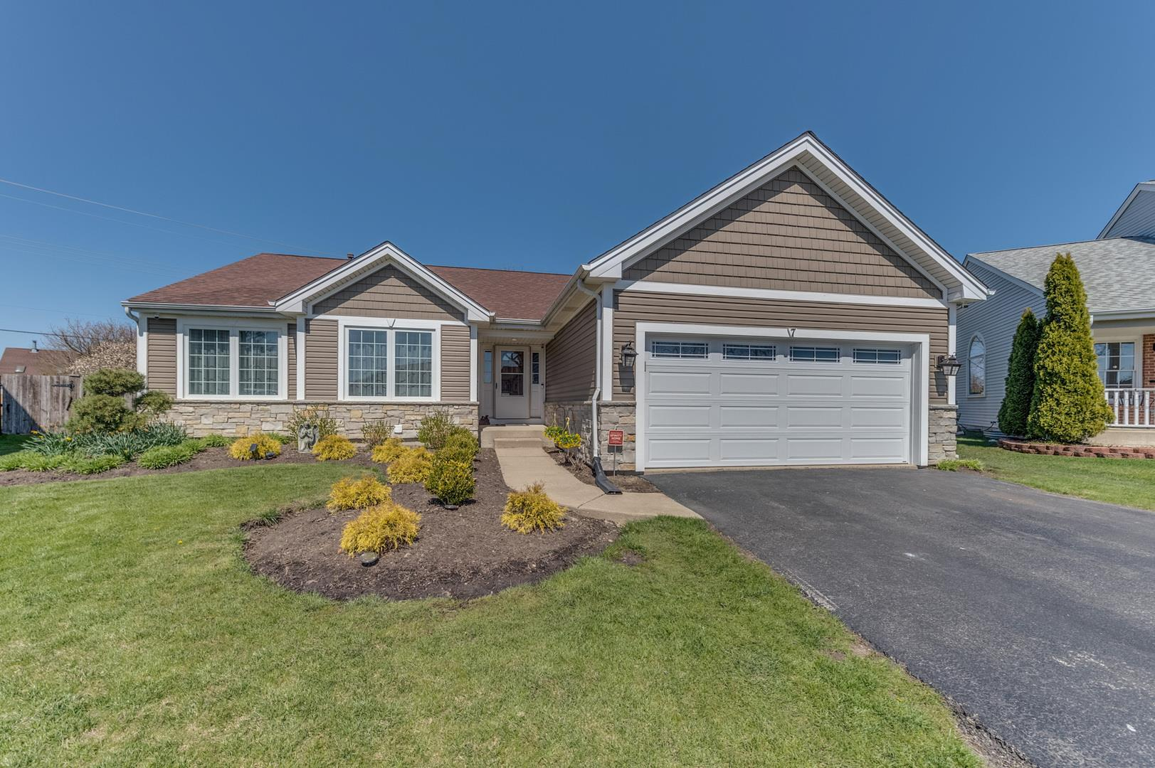 7 Muirfield Court, Lake in the Hills, IL 60156 - #: 10697505