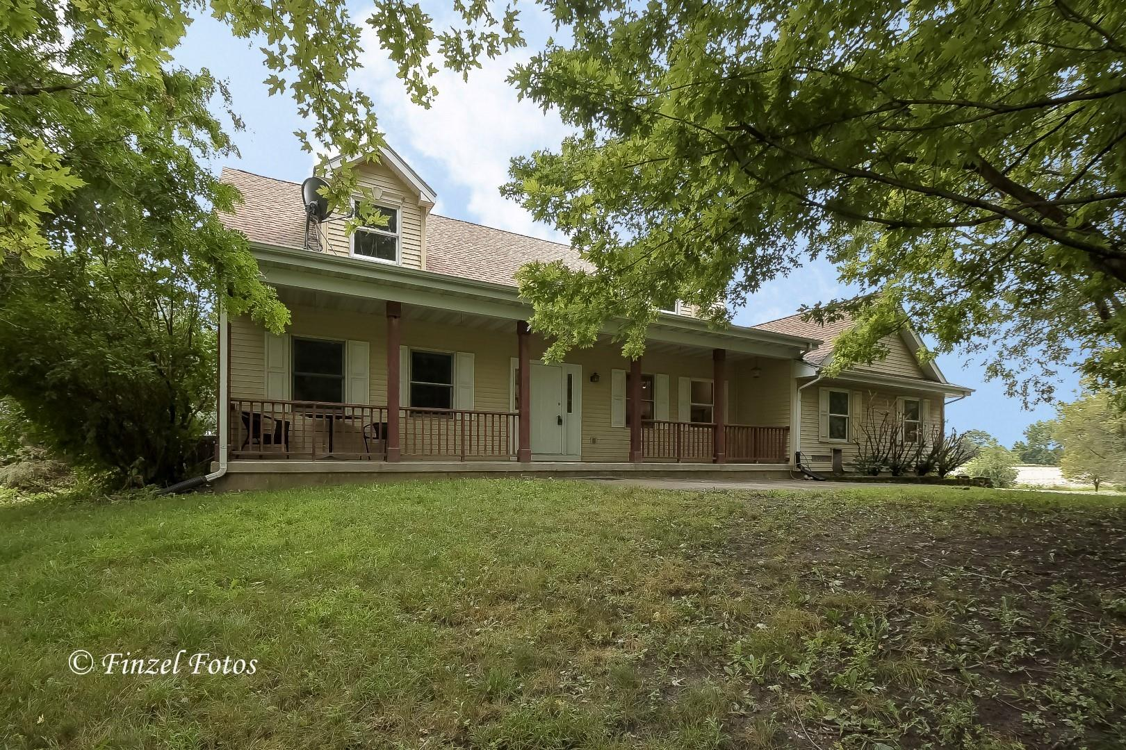 206 South Queen Anne Road, Woodstock, IL 60098 - #: 10351515