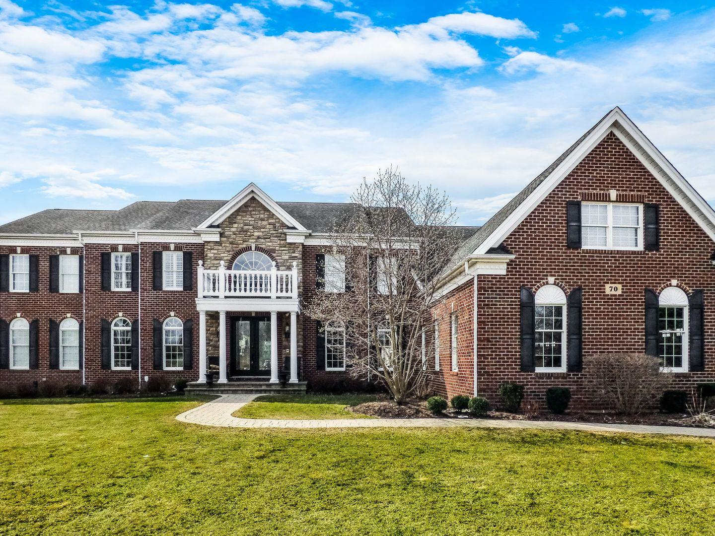 70 Tournament Drive N, Hawthorn Woods, IL 60047 - #: 11001516