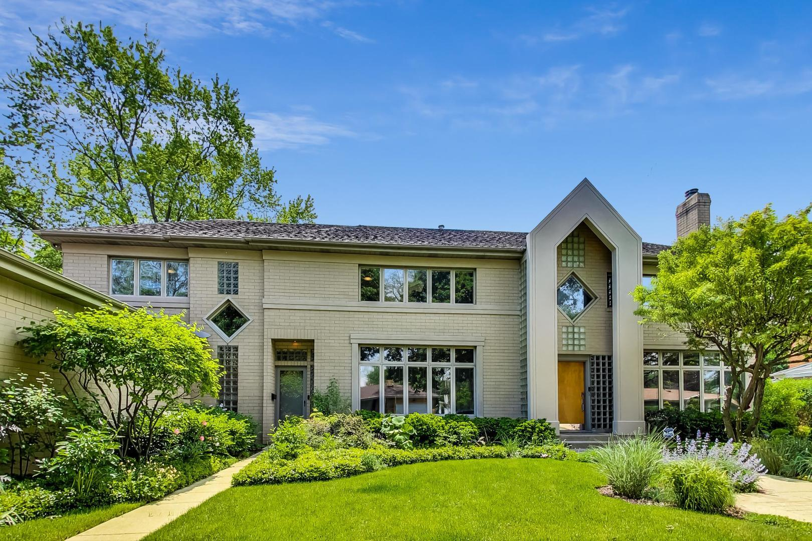 4033 Greenleaf Street, Skokie, IL 60076 - #: 10885517