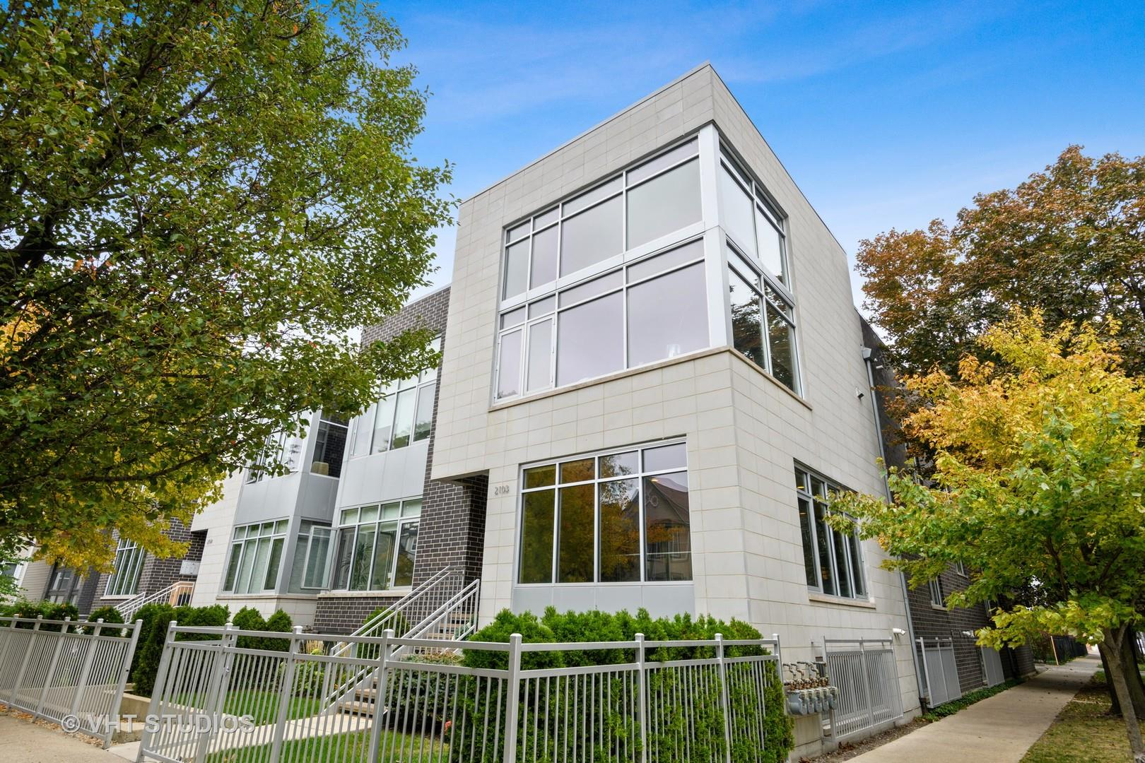 2103 N Campbell Avenue #1S, Chicago, IL 60647 - #: 10887518