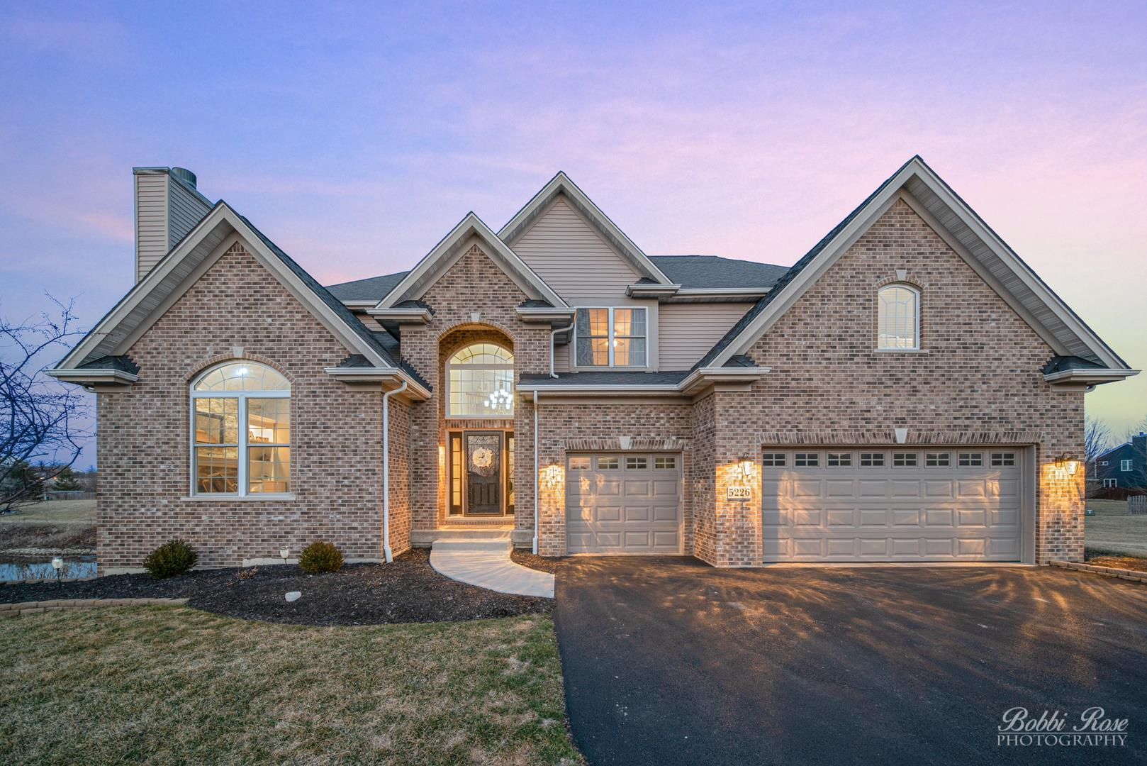 5226 Greenshire Circle, Lake in the Hills, IL 60156 - #: 10672523