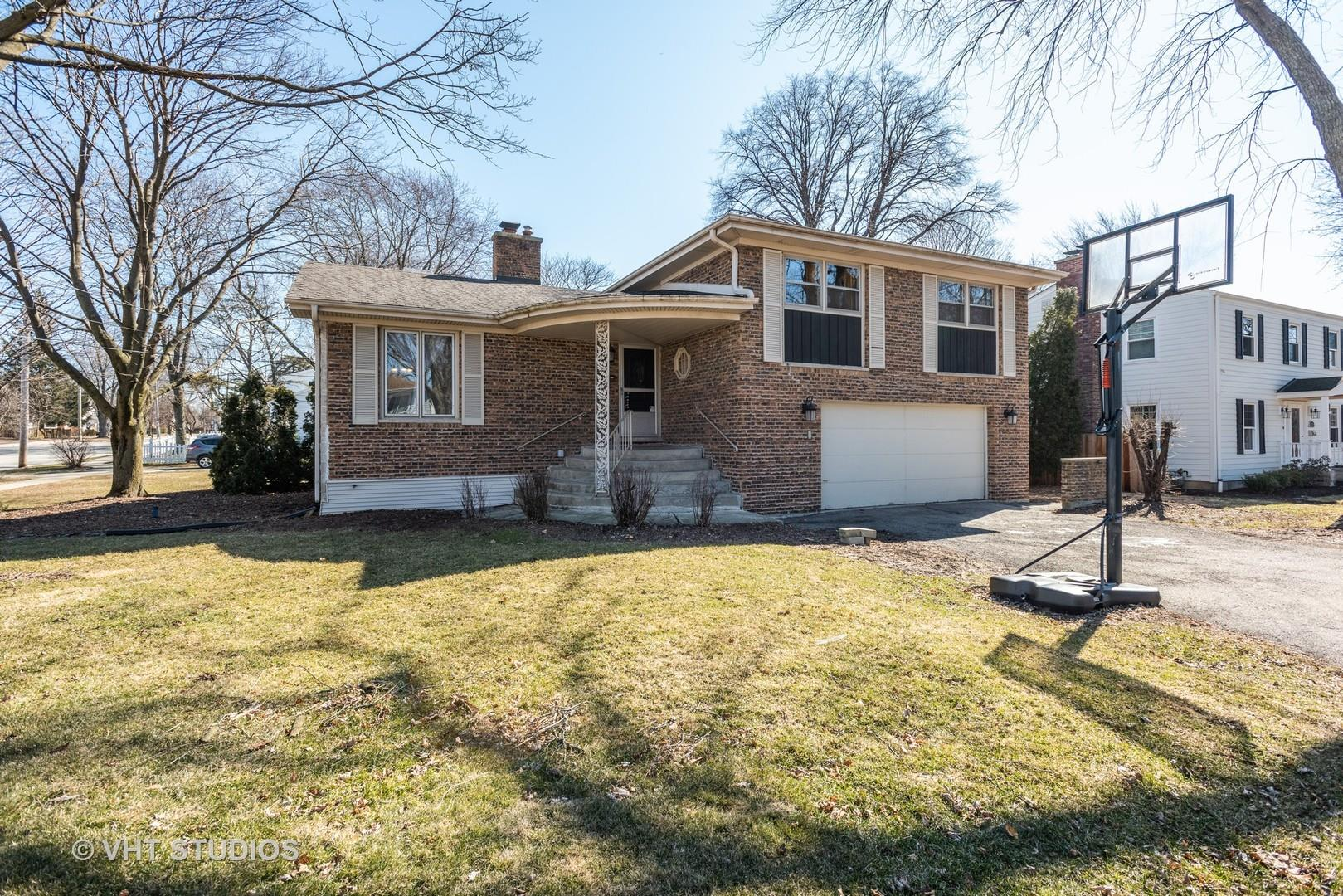 379 Greenfield Avenue, Glen Ellyn, IL 60137 - #: 10664527