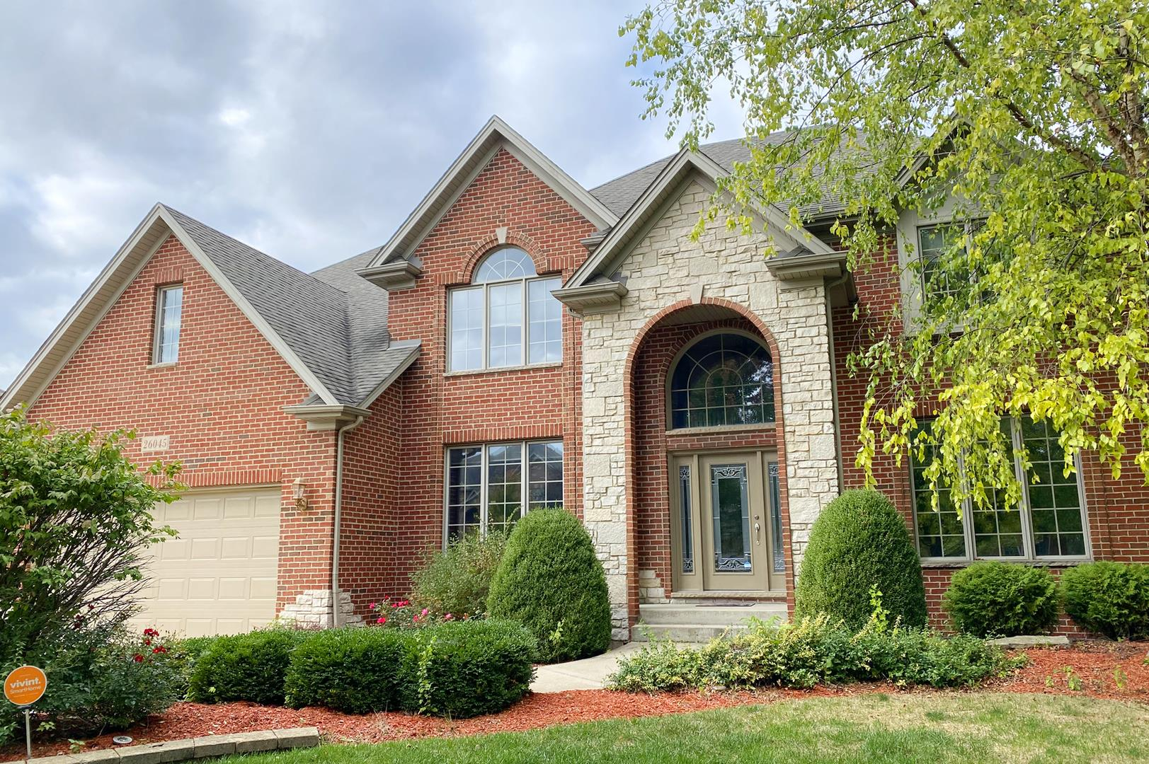 26045 WHISPERING WOODS Circle, Plainfield, IL 60585 - #: 10888527