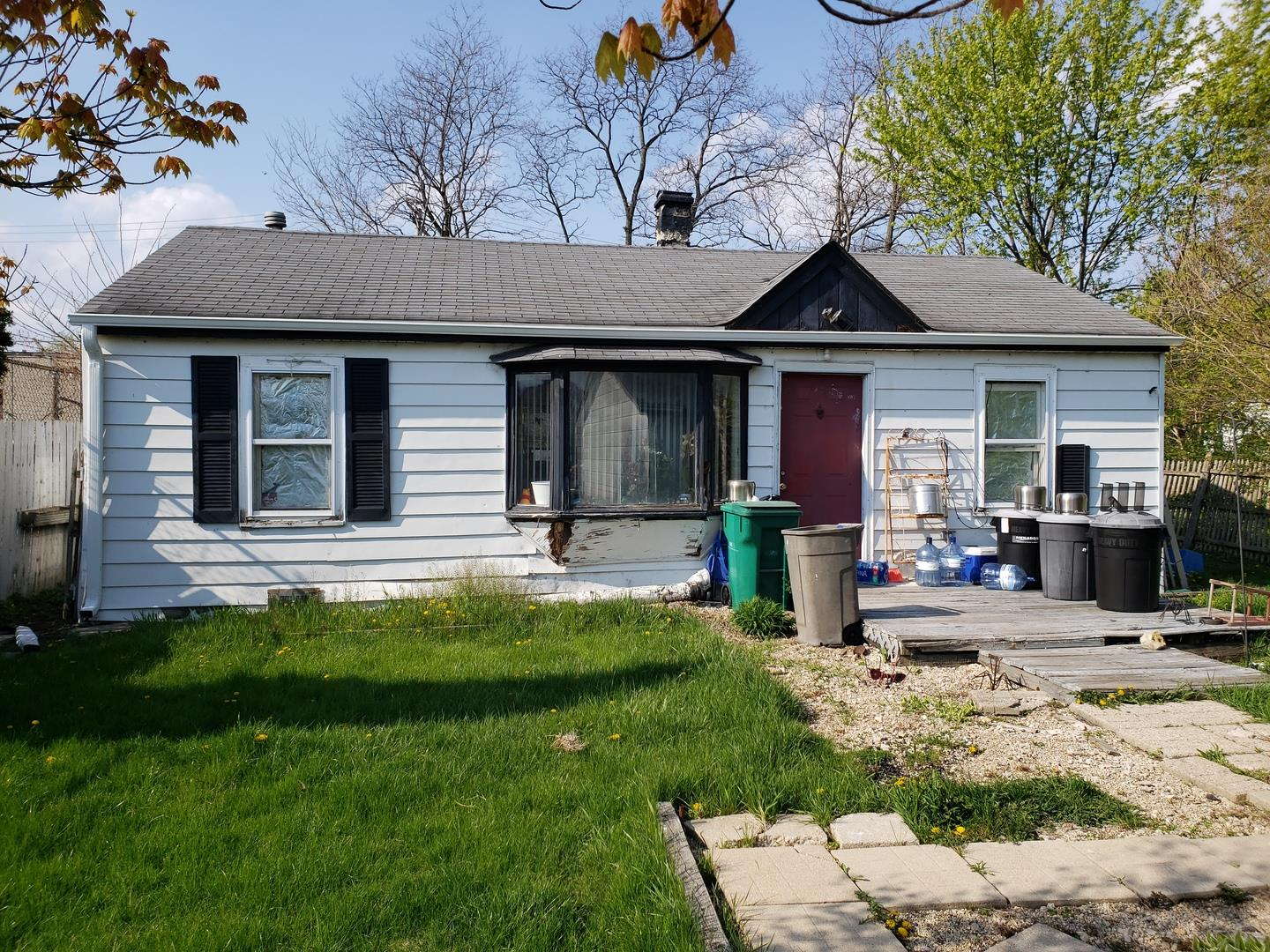 17W558 Manor Lane, Villa Park, IL 60181 - #: 11082531
