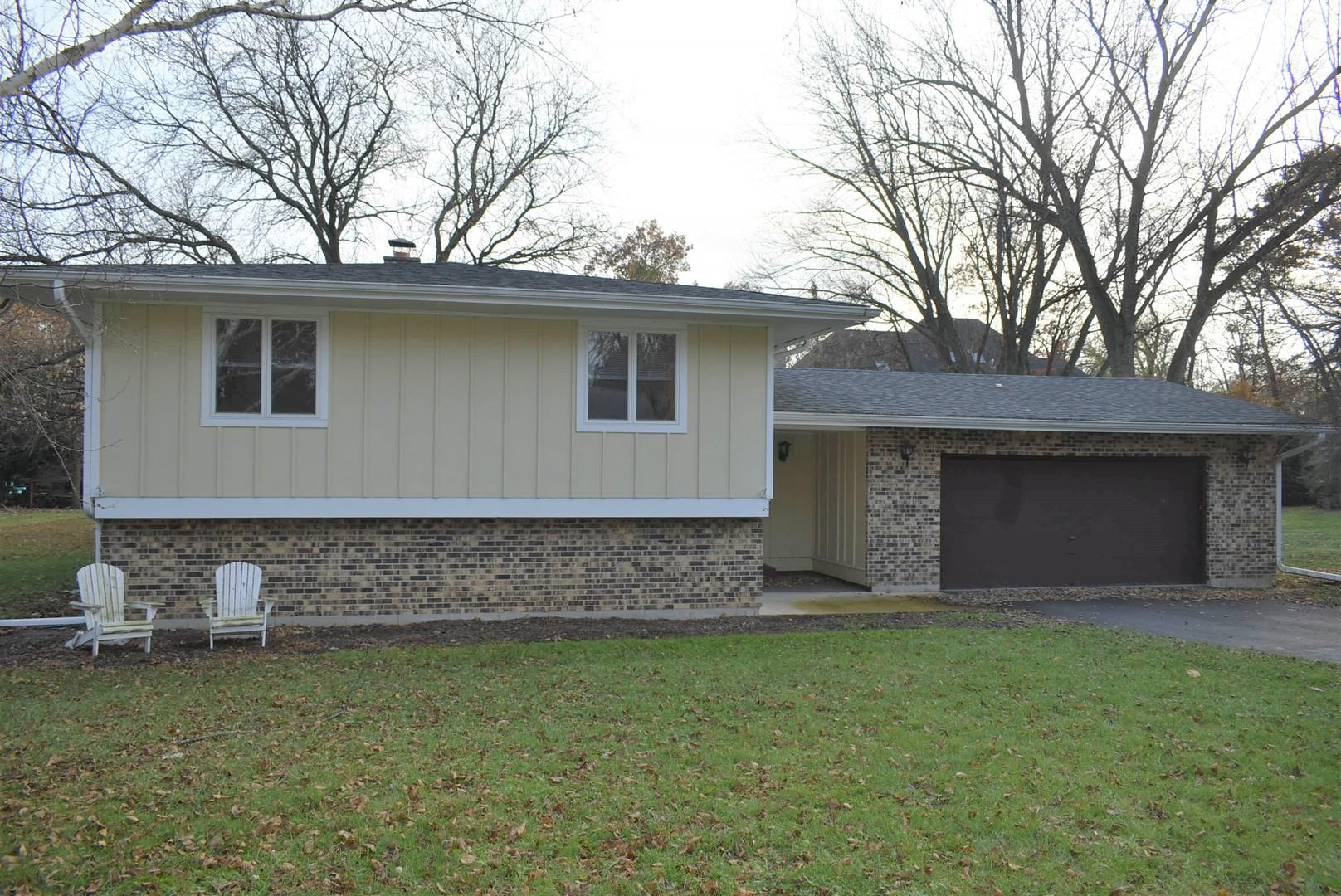 36W637 Hickory Hollow Drive, West Dundee, IL 60118 - #: 10581538