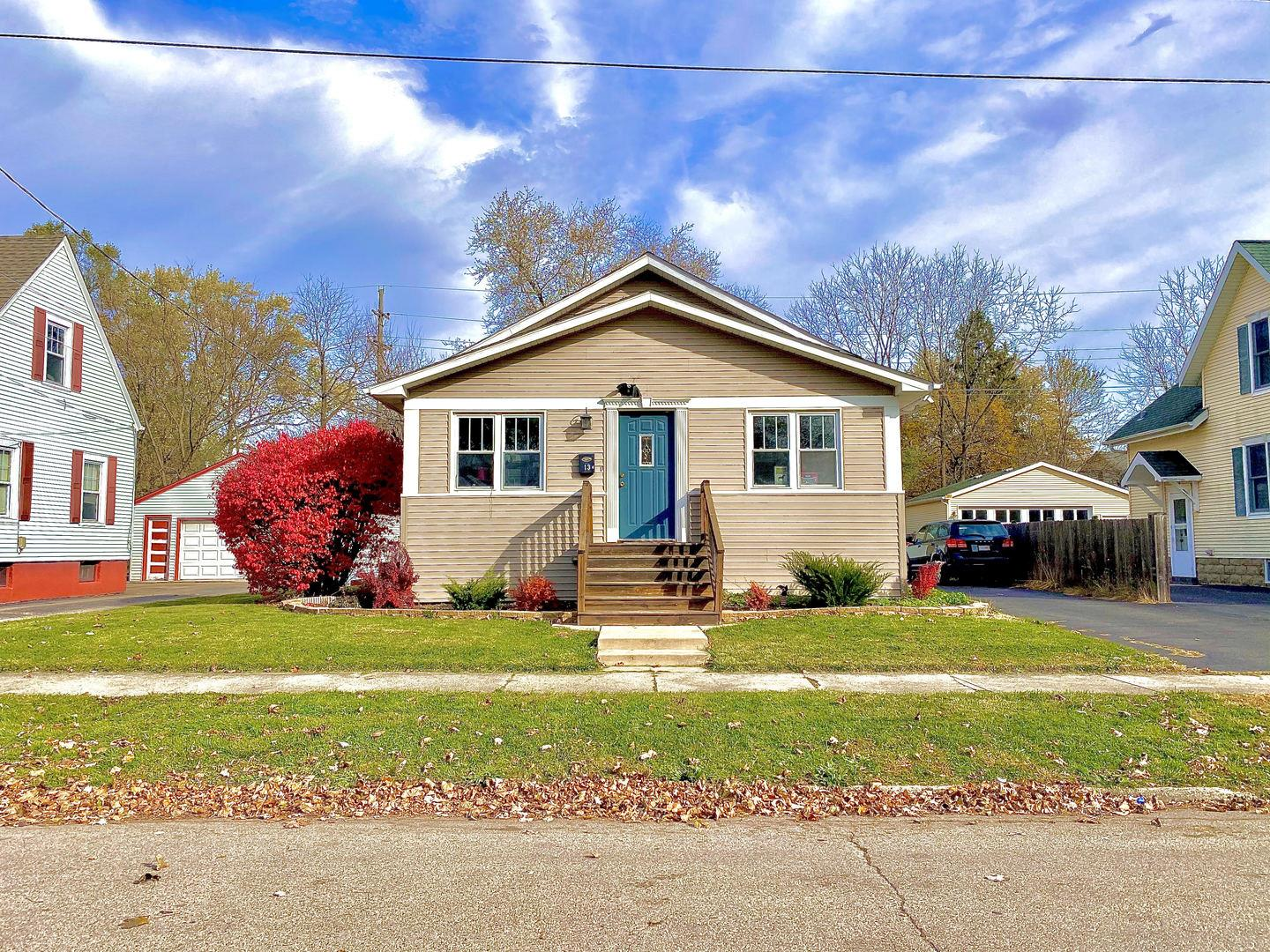 13 Lincoln Avenue, East Dundee, IL 60118 - #: 10927544