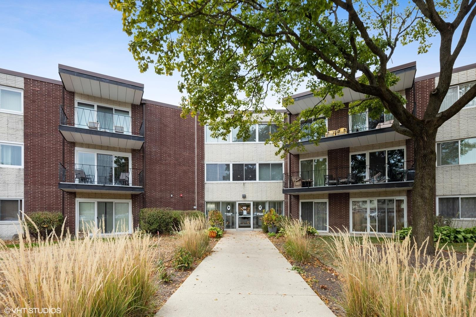 2800 Maple Avenue #6A, Downers Grove, IL 60515 - #: 10912546