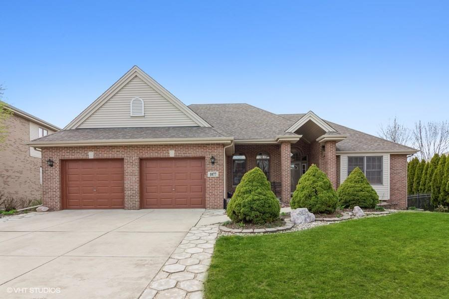 1077 Berkley Lane, Lemont, IL 60439 - #: 11048552
