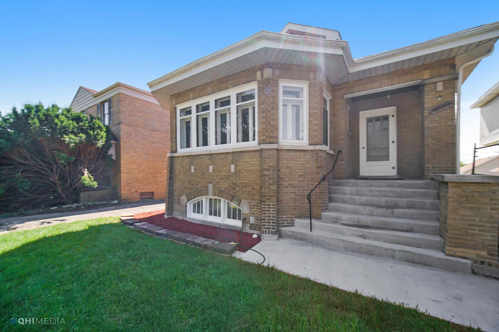 10122 S Oakley Avenue, Chicago, IL 60643 - #: 10788556